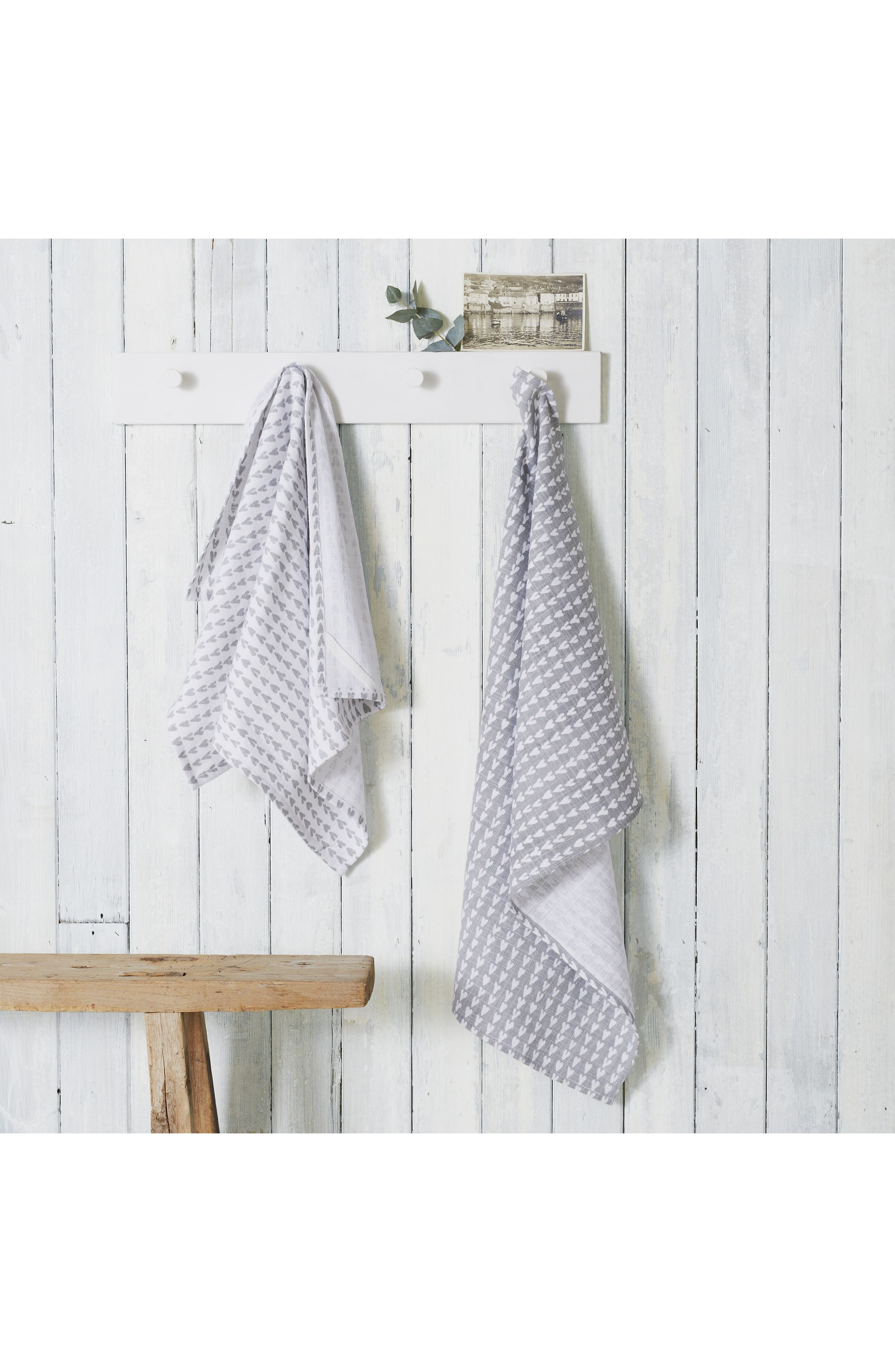 The White Company Set Of 2 Heart Print Tea Towels Size One Size  Grey