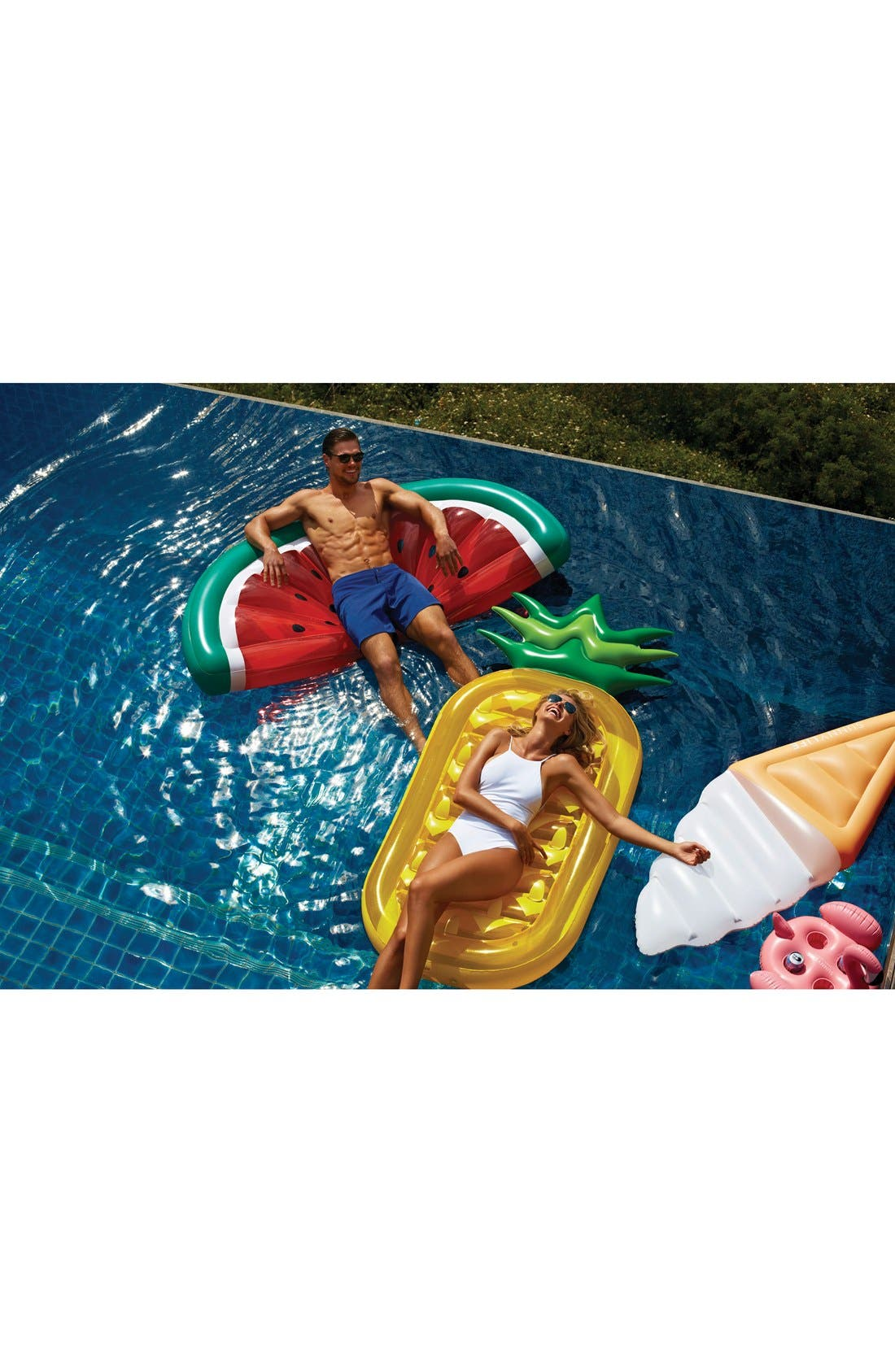 SUNNYLIFE, 'Really Big' Inflatable Pineapple Pool Floatie, Alternate thumbnail 2, color, 700