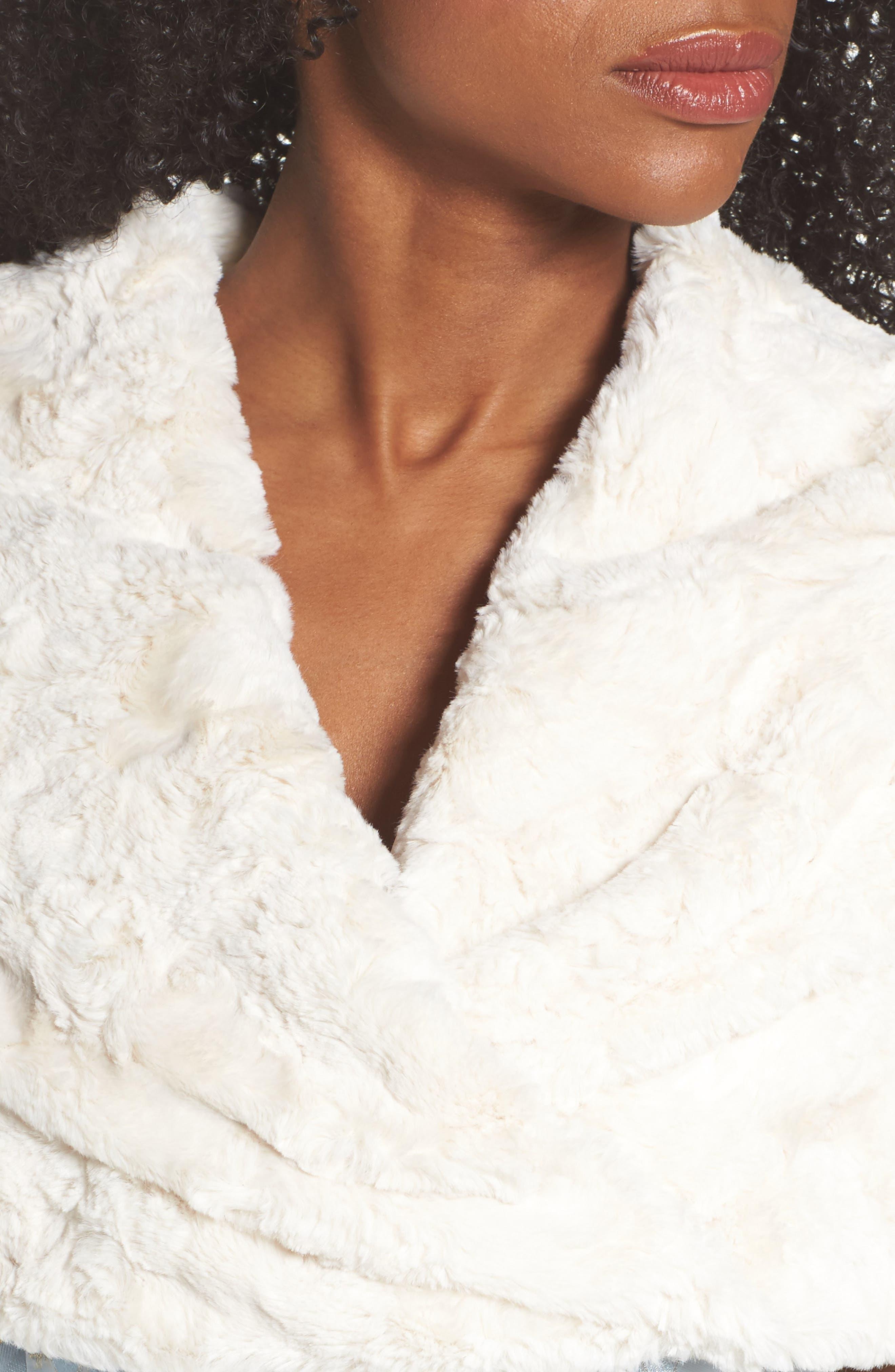 ELIZA J, Faux Fur Stole, Alternate thumbnail 5, color, IVORY