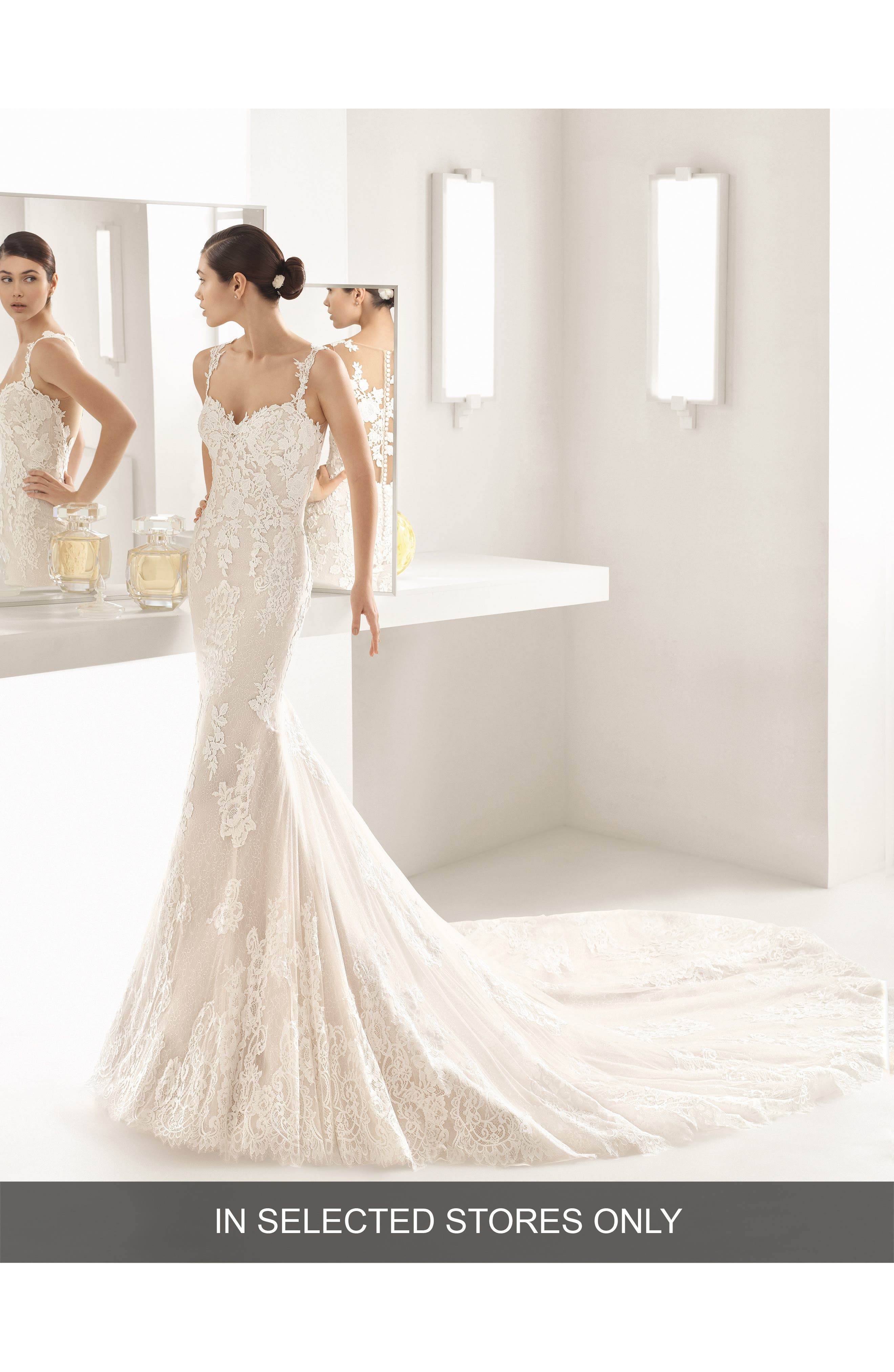 ROSA CLARÁ Oboe Sleeveless Lace Mermaid Gown, Main, color, NATURAL