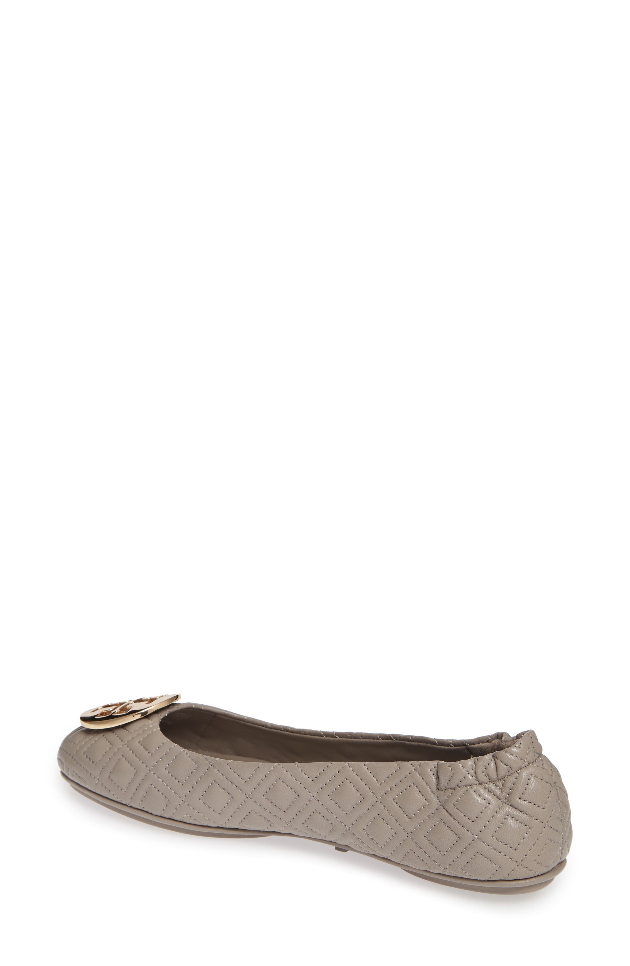 TORY BURCH, Quilted Minnie Flat, Alternate thumbnail 2, color, DUST STORM/ GOLD