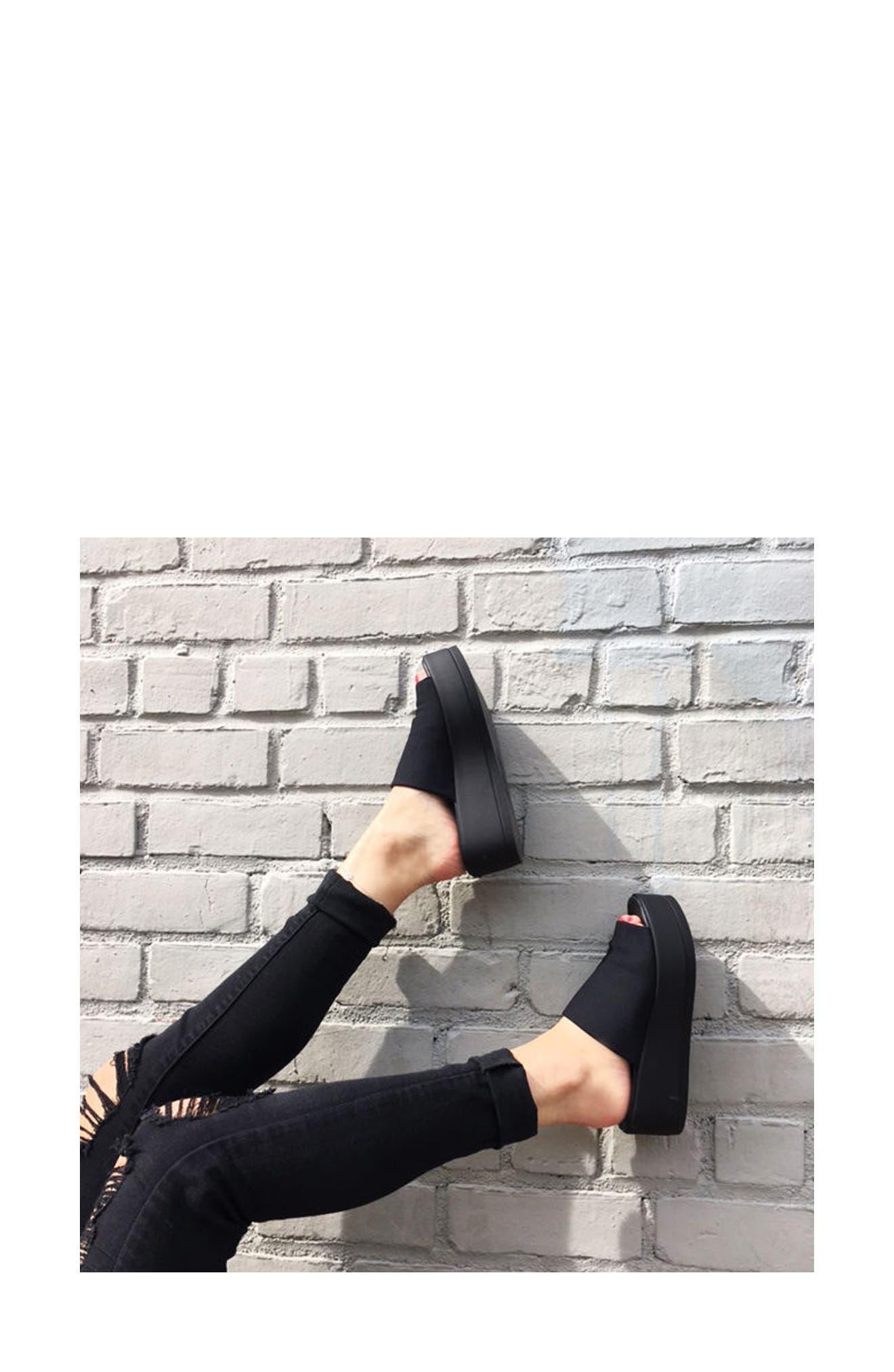 STEVE MADDEN, Slinky Platform Sandal, Alternate thumbnail 8, color, 001