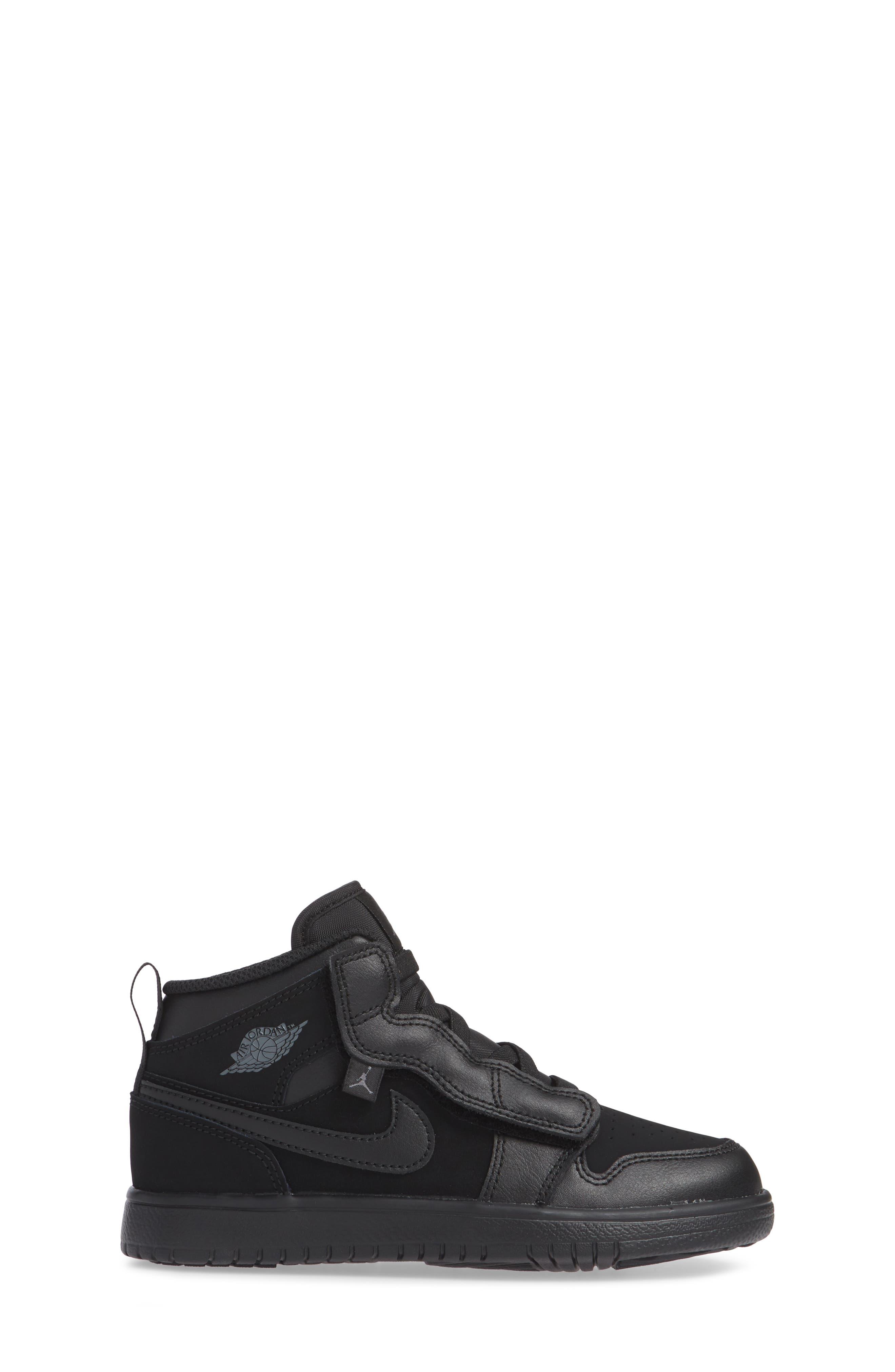 JORDAN, 1 Mid Basketball Shoe, Alternate thumbnail 3, color, BLACK/ DARK GREY