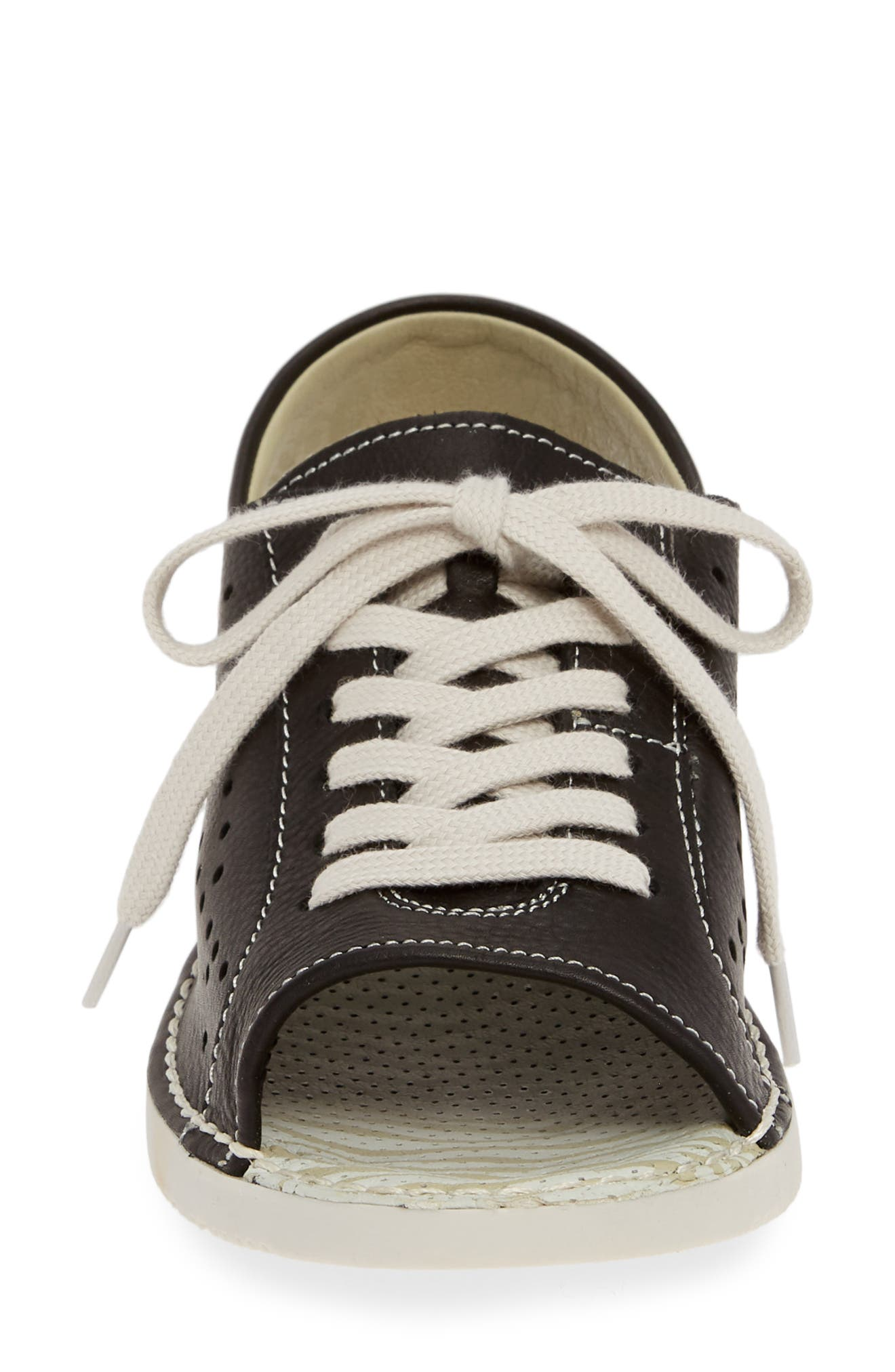 SOFTINOS BY FLY LONDON, Thi Slingback Sneaker Sandal, Alternate thumbnail 4, color, BLACK LEATHER