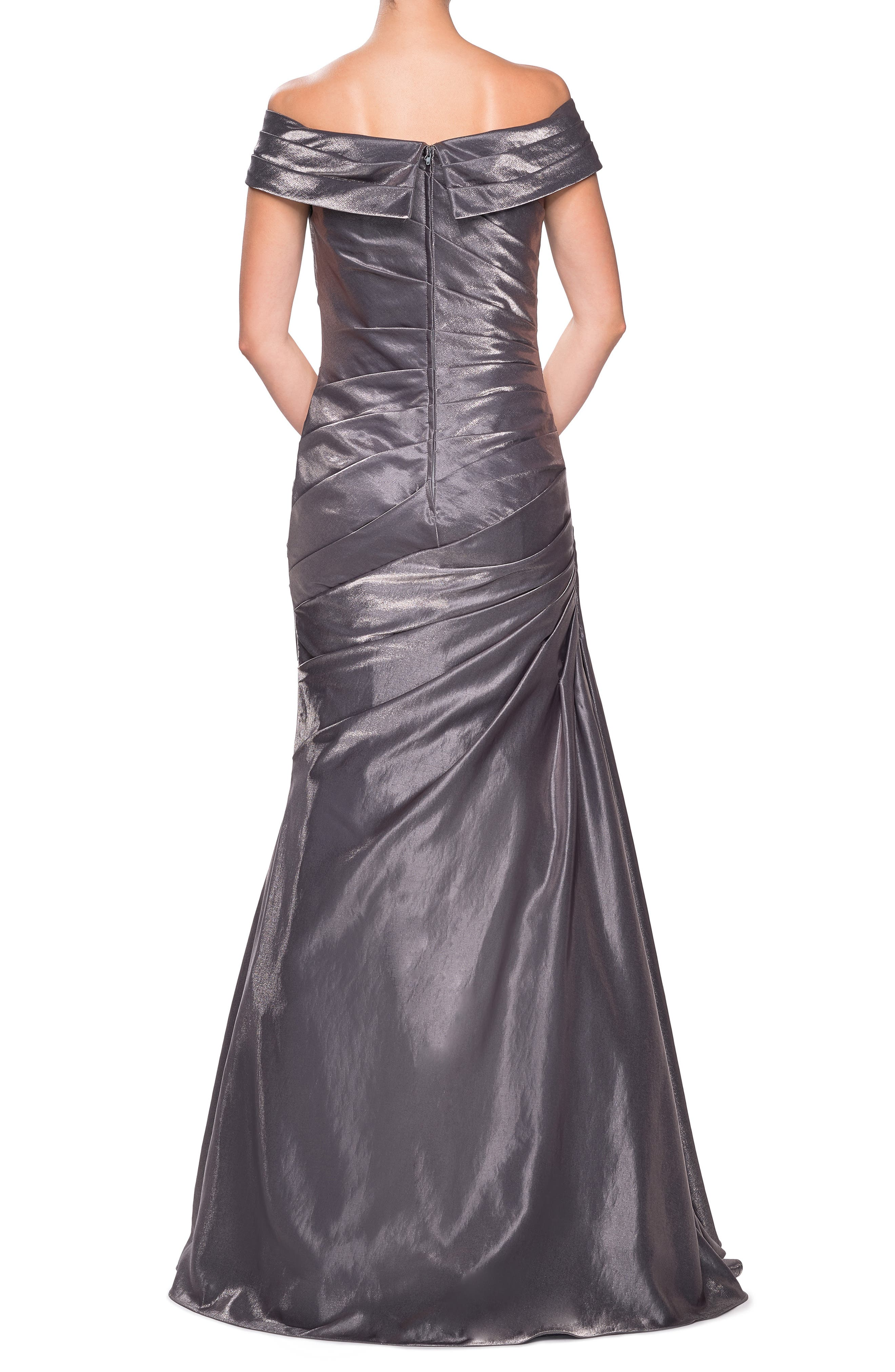 LA FEMME, Ruched Two-Tone Satin Gown, Alternate thumbnail 2, color, PLATINUM