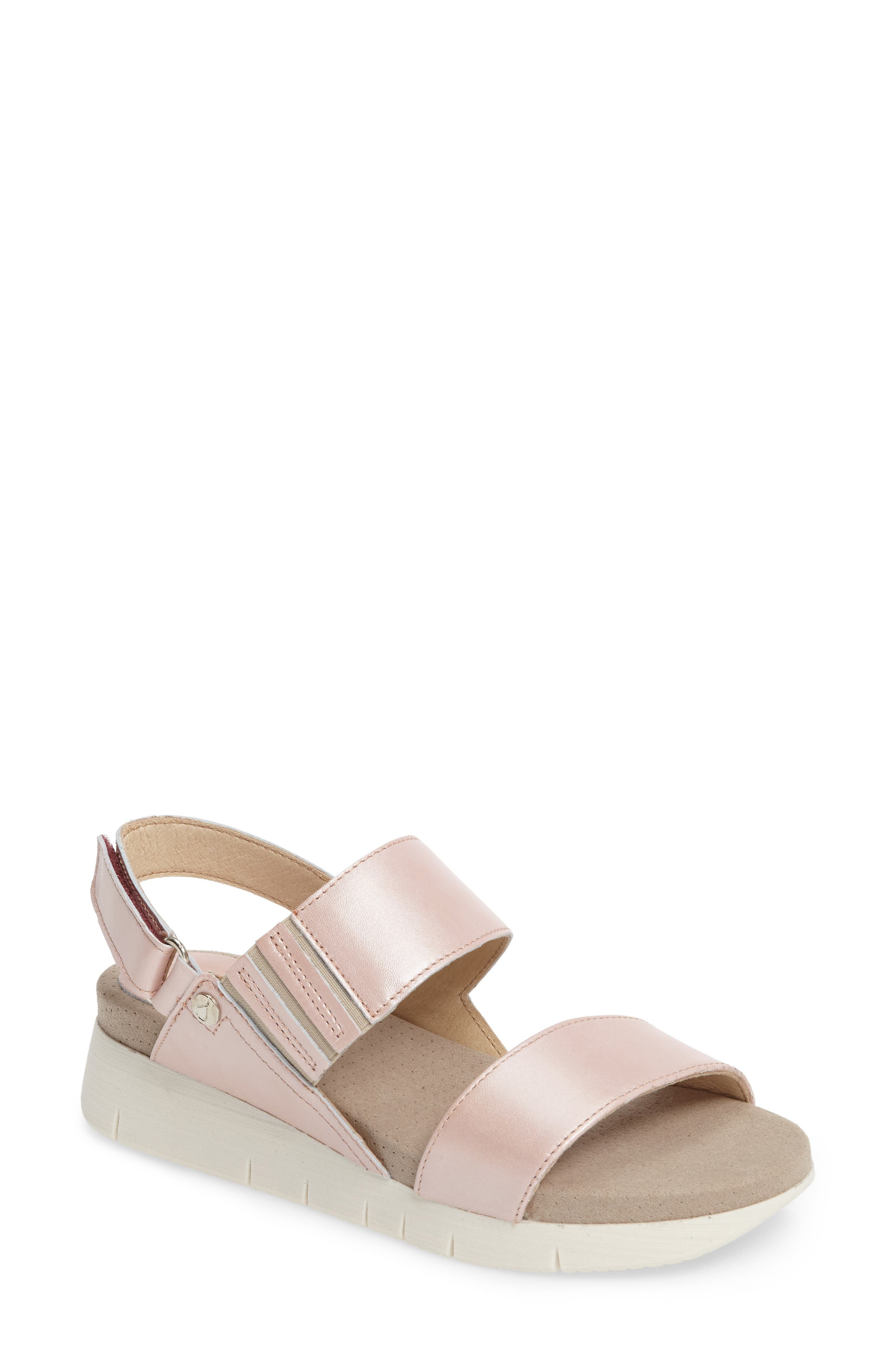Bos. & Co. Payge Wedge Sandal, Pink