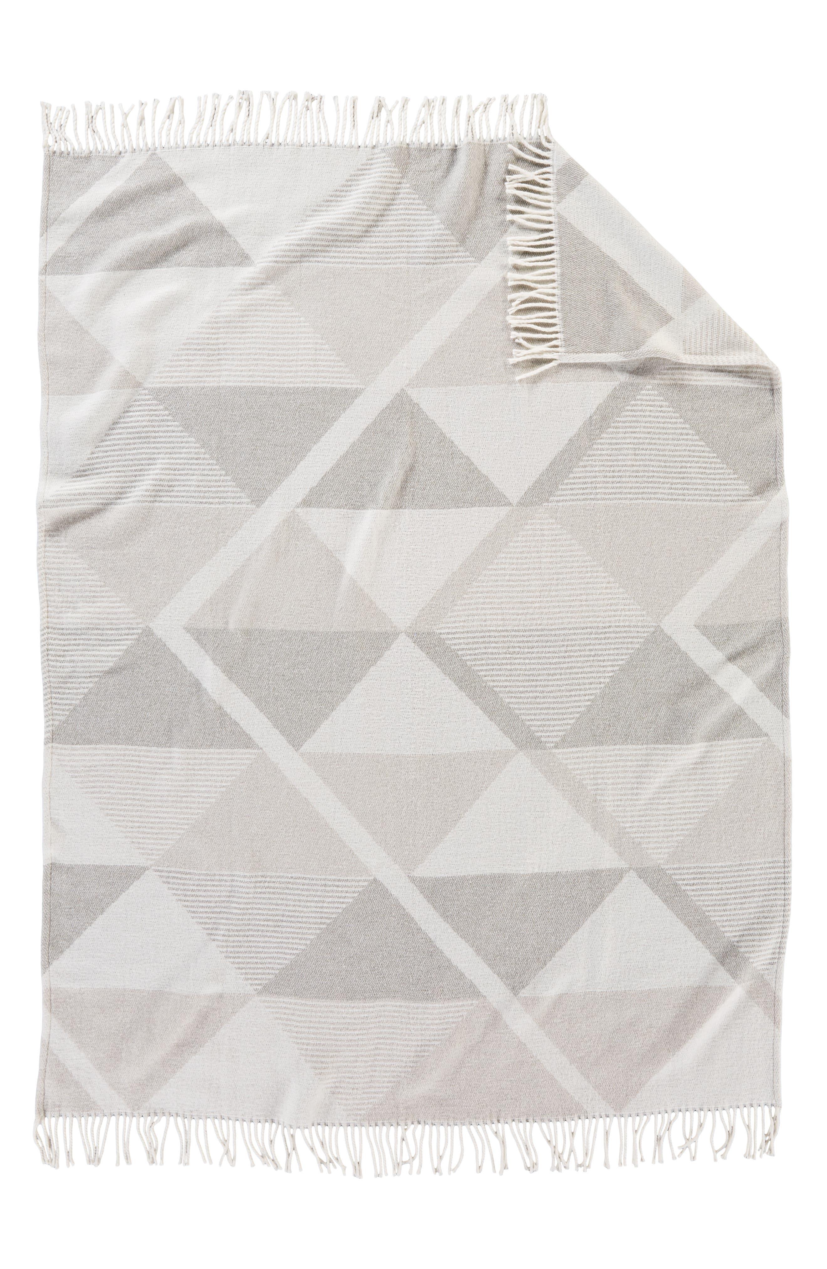 PENDLETON, Serrado Throw Blanket, Alternate thumbnail 2, color, GREY