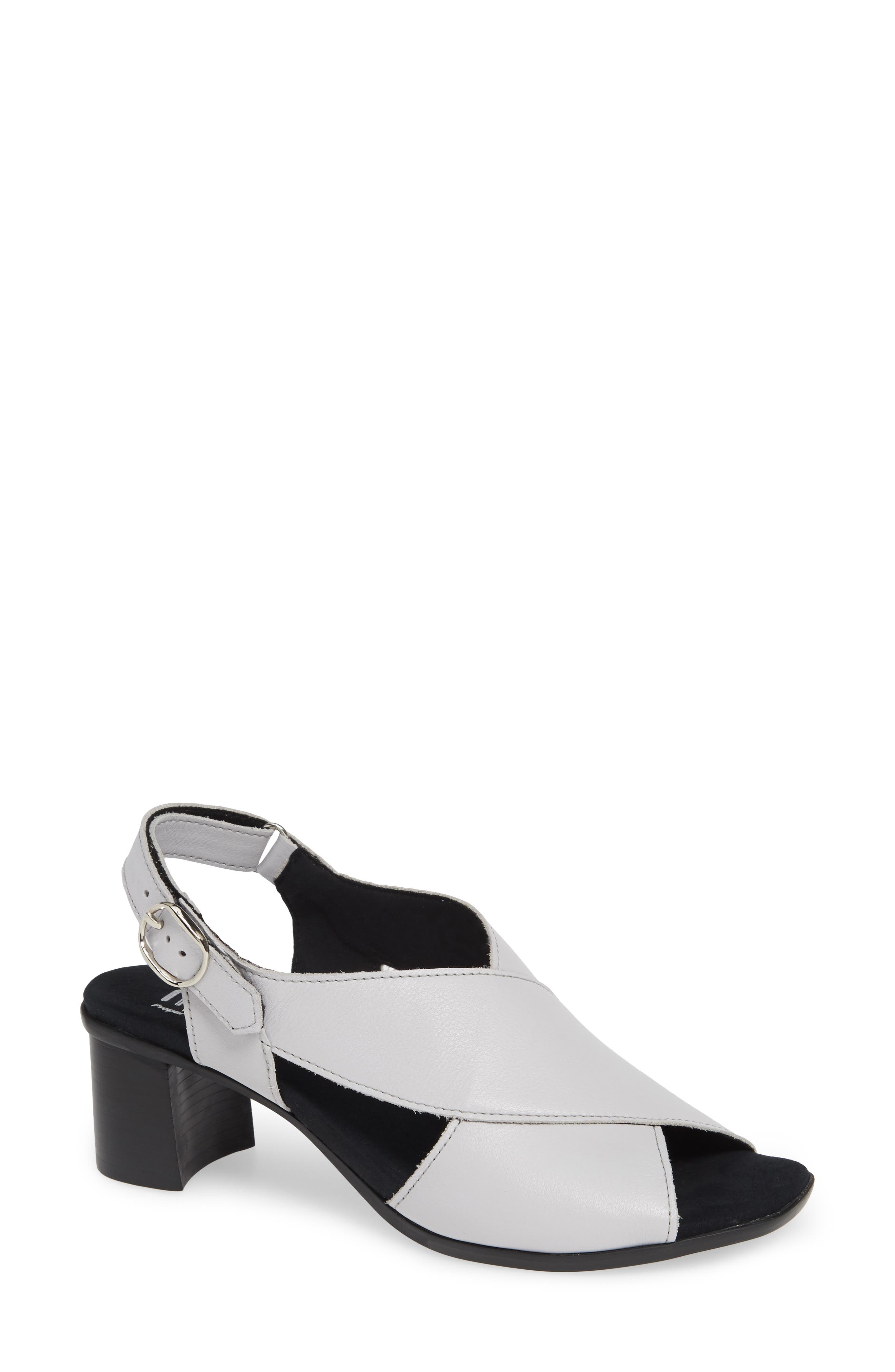 MUNRO Laine Block Heel Sandal, Main, color, WHITE LEATHER