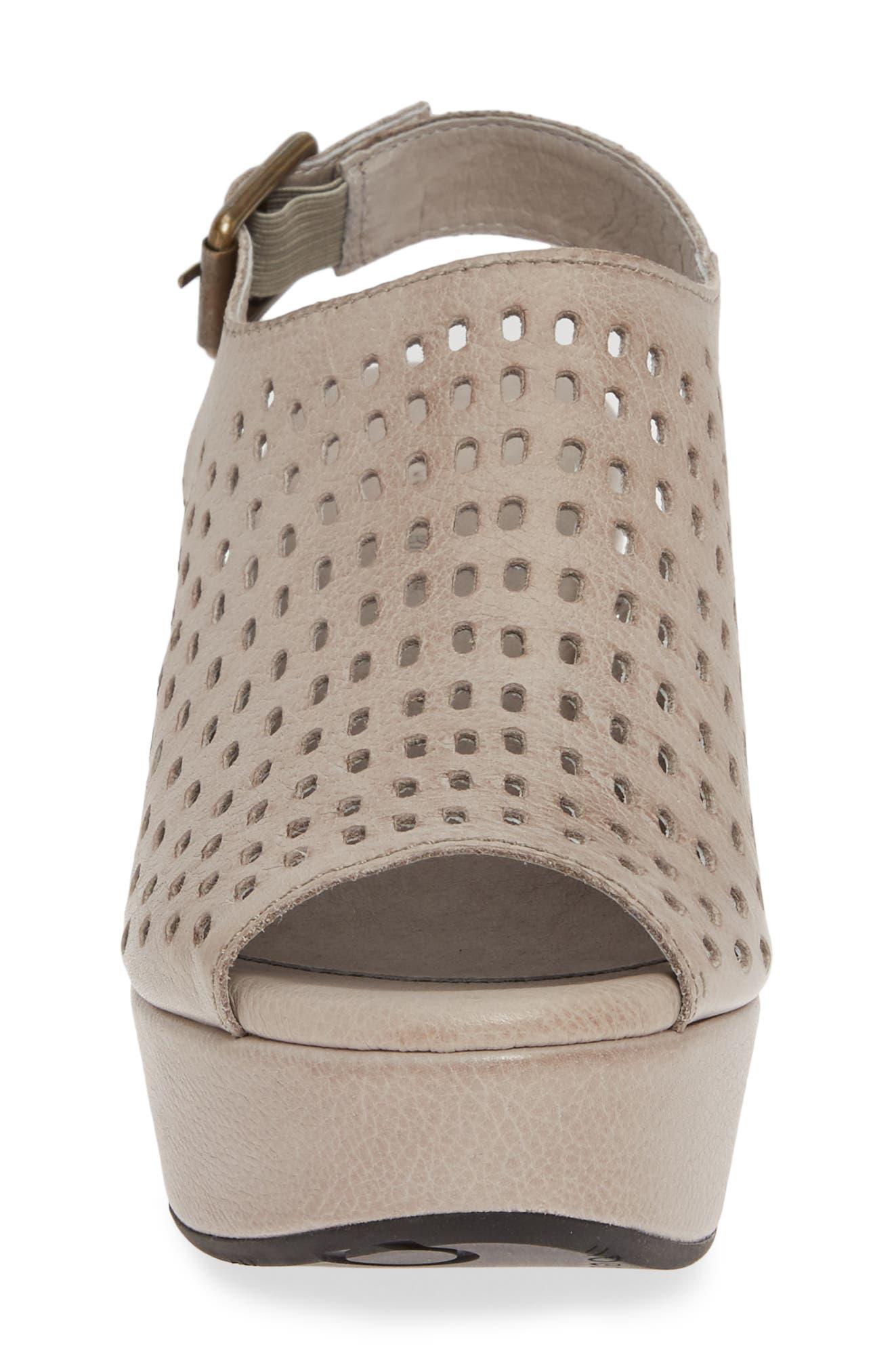 CHOCOLAT BLU, Wally Platform Wedge Sandal, Alternate thumbnail 4, color, GREY LEATHER
