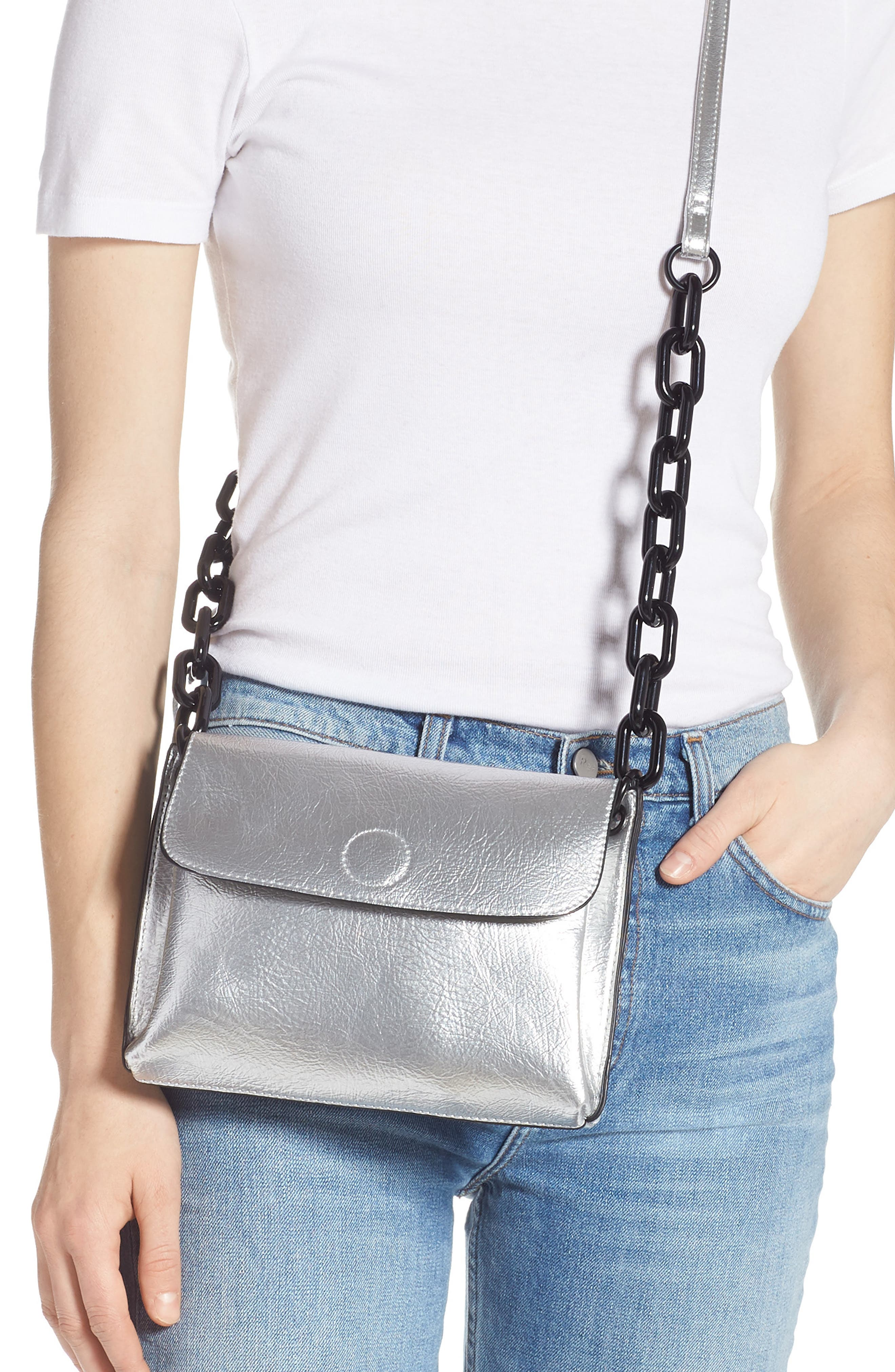 VIOLET RAY NEW YORK, Metallic Faux Leather Crossbody Bag, Alternate thumbnail 2, color, SILVER