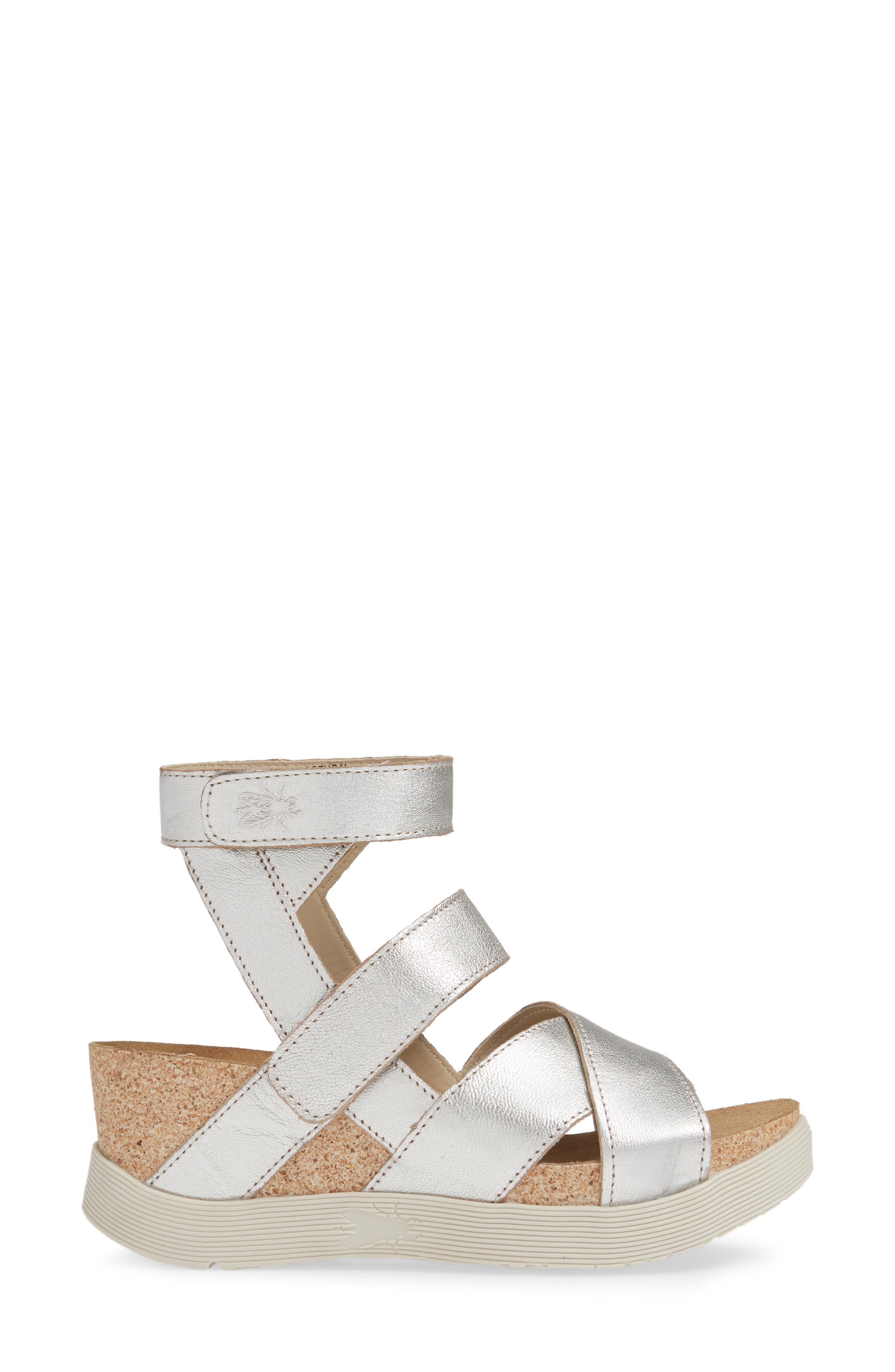 FLY LONDON, 'Wege' Leather Sandal, Alternate thumbnail 3, color, SILVER LEATHER