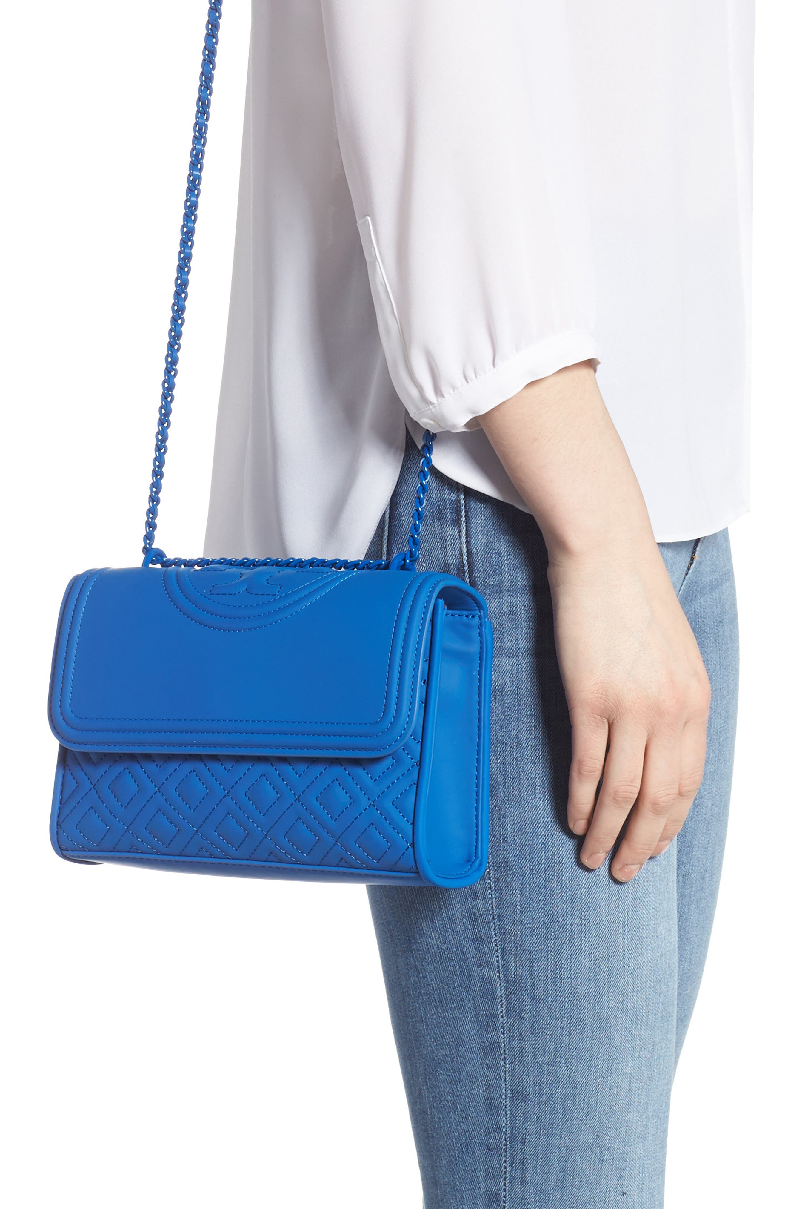 TORY BURCH, Small Fleming Matte Quilted Shoulder Bag, Alternate thumbnail 4, color, MEDITERRANEAN BLUE