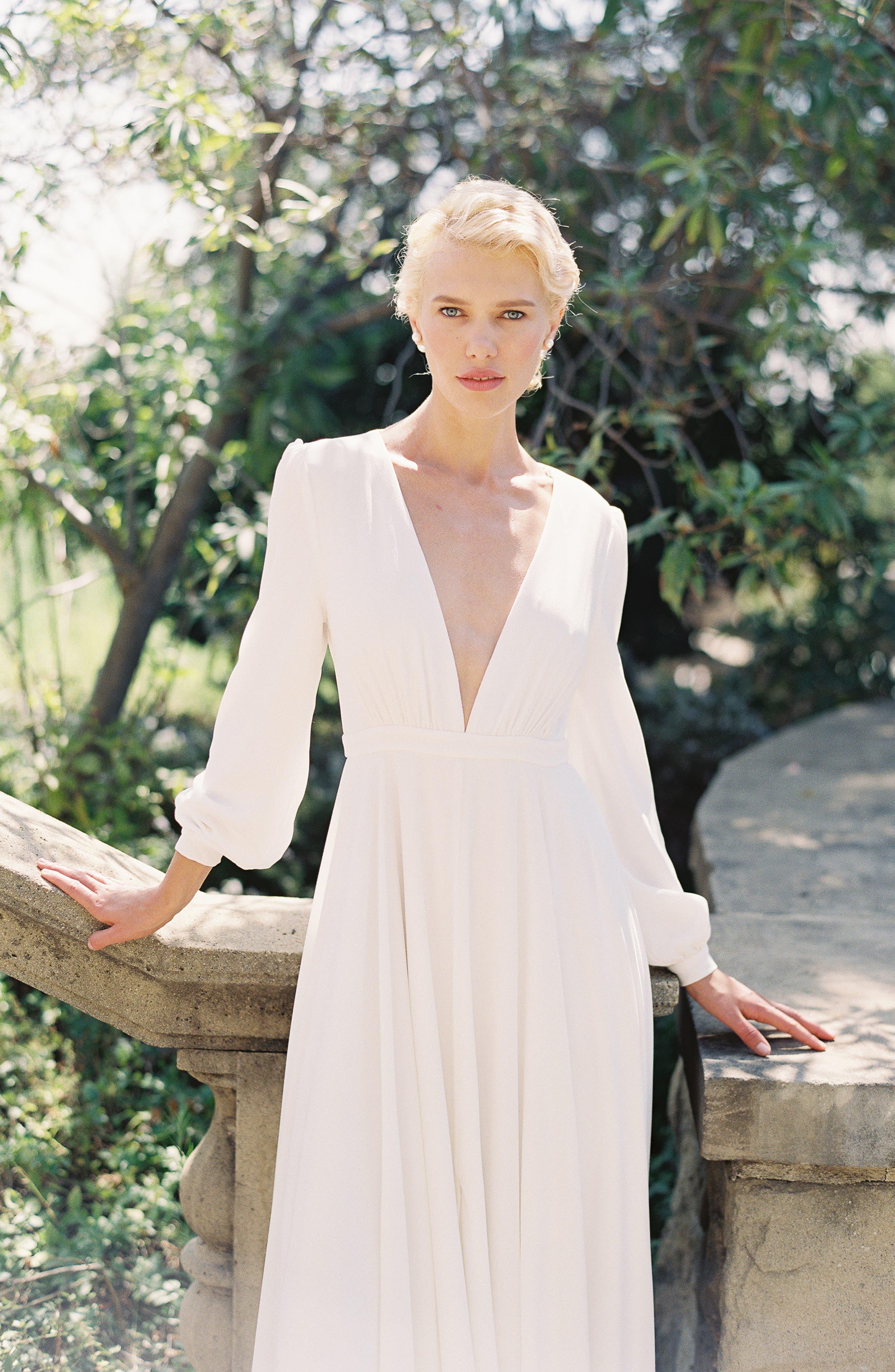 JOANNA AUGUST, Floyd V-Neck Long Sleeve Gown, Alternate thumbnail 6, color, WHITE