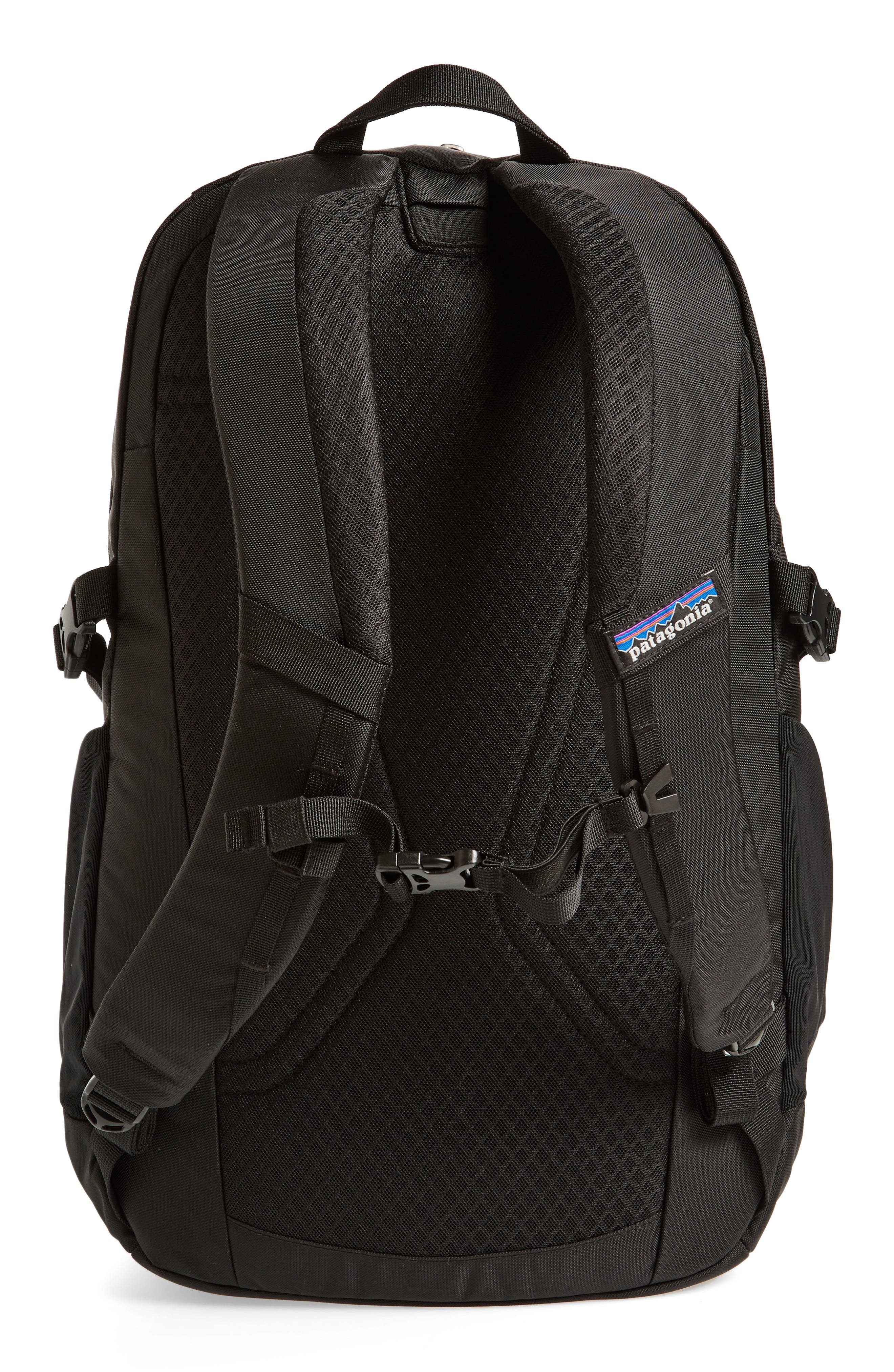 PATAGONIA, Refugio 28-Liter Backpack, Alternate thumbnail 4, color, 001