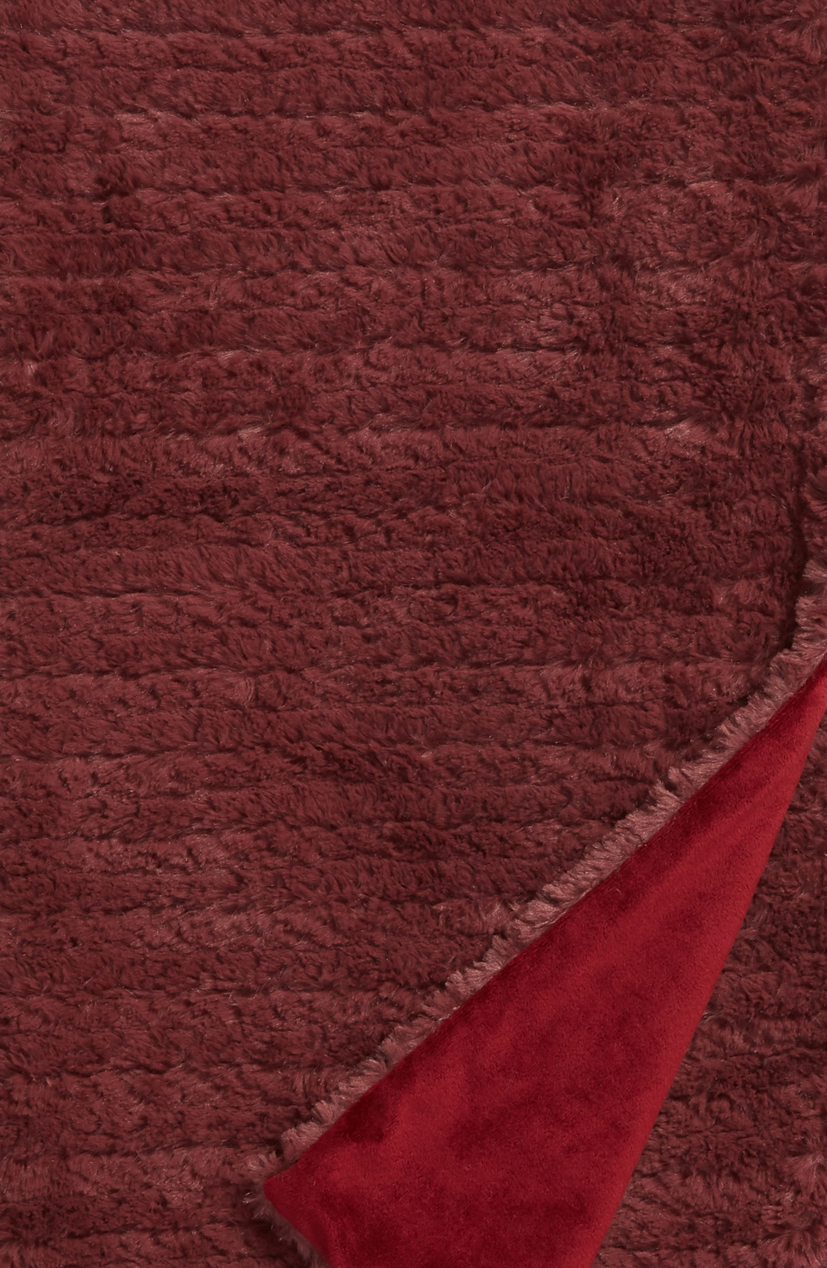 NORDSTROM AT HOME, Faux Fur Throw Blanket, Alternate thumbnail 2, color, BURGUNDY GINGER