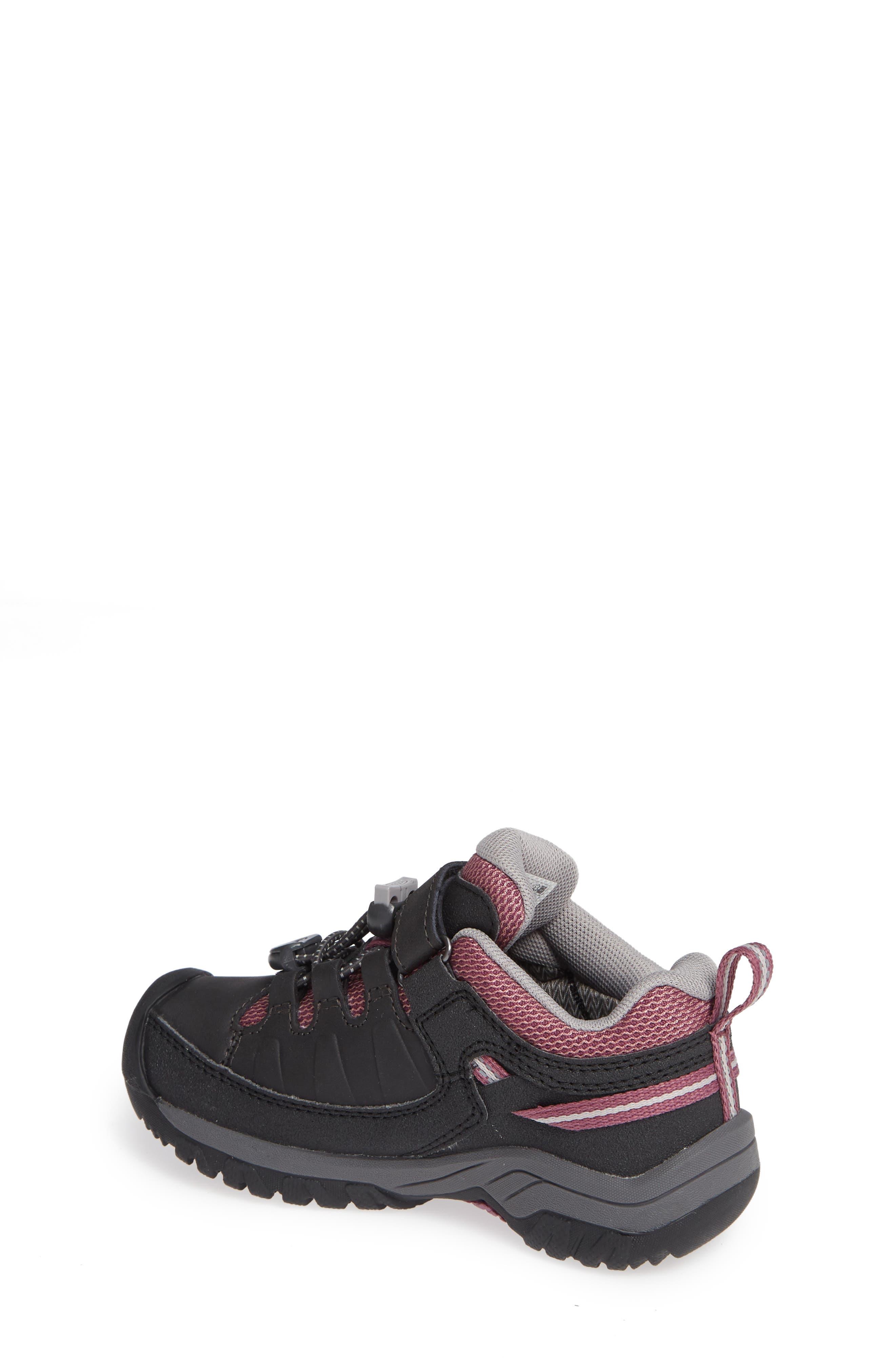 KEEN, Targhee Low Waterproof Sneaker, Alternate thumbnail 2, color, RAVEN/ TULIPWOOD