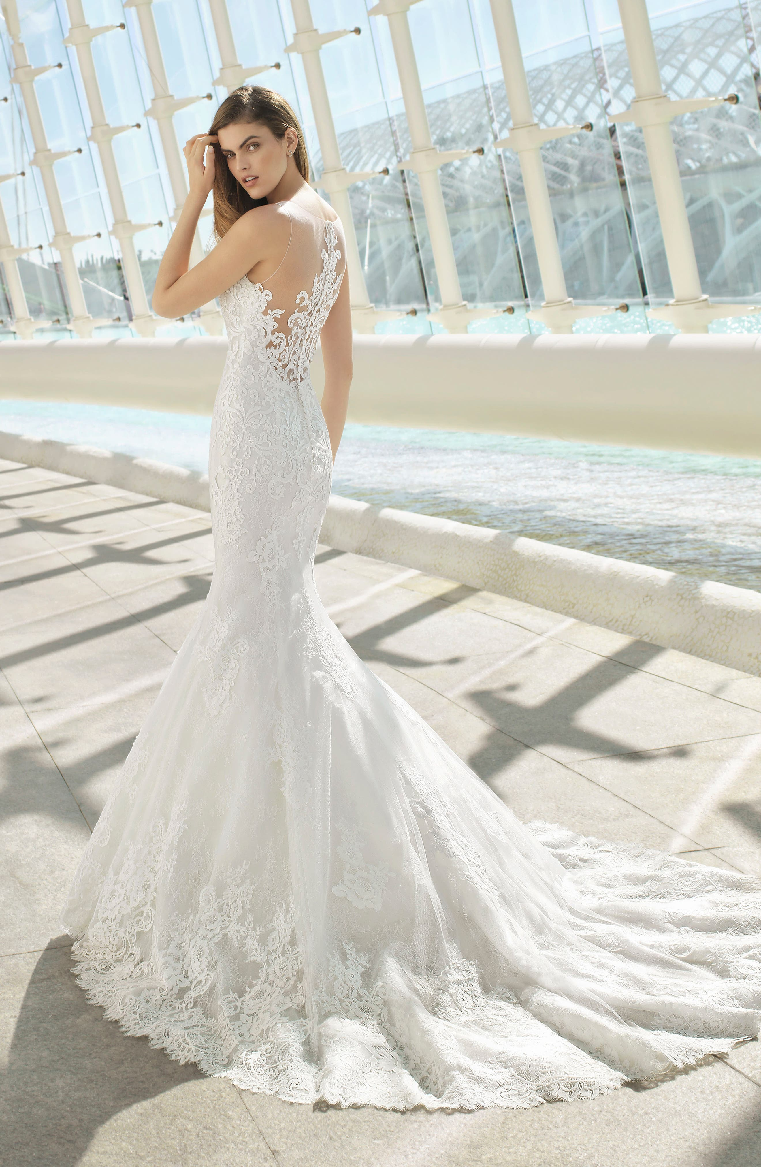 ROSA CLARÁ, Day Illusion Lace Mermaid Gown, Alternate thumbnail 2, color, NATURAL
