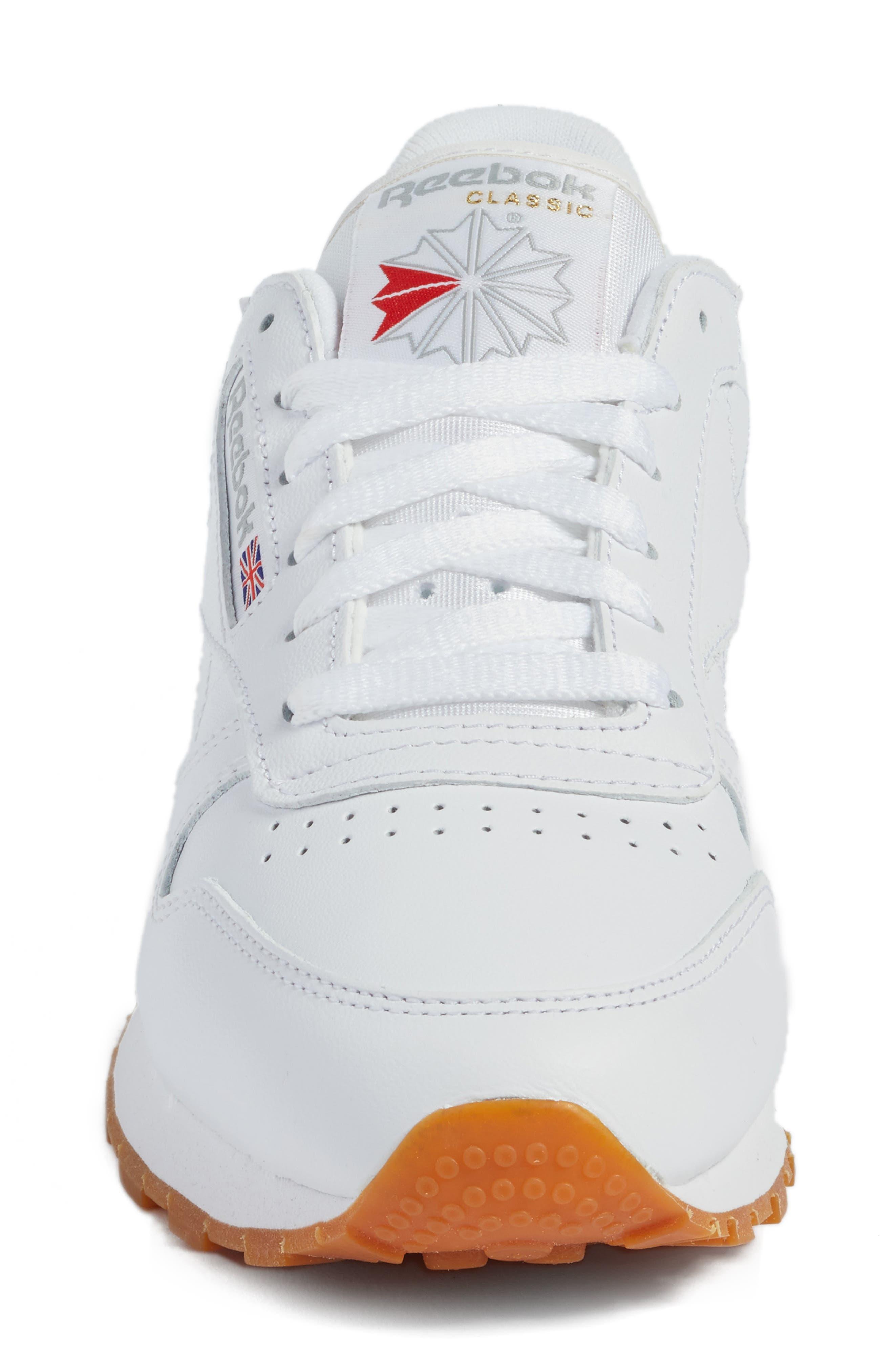 REEBOK, Classic Leather Sneaker, Alternate thumbnail 4, color, US-WHITE/ GUM