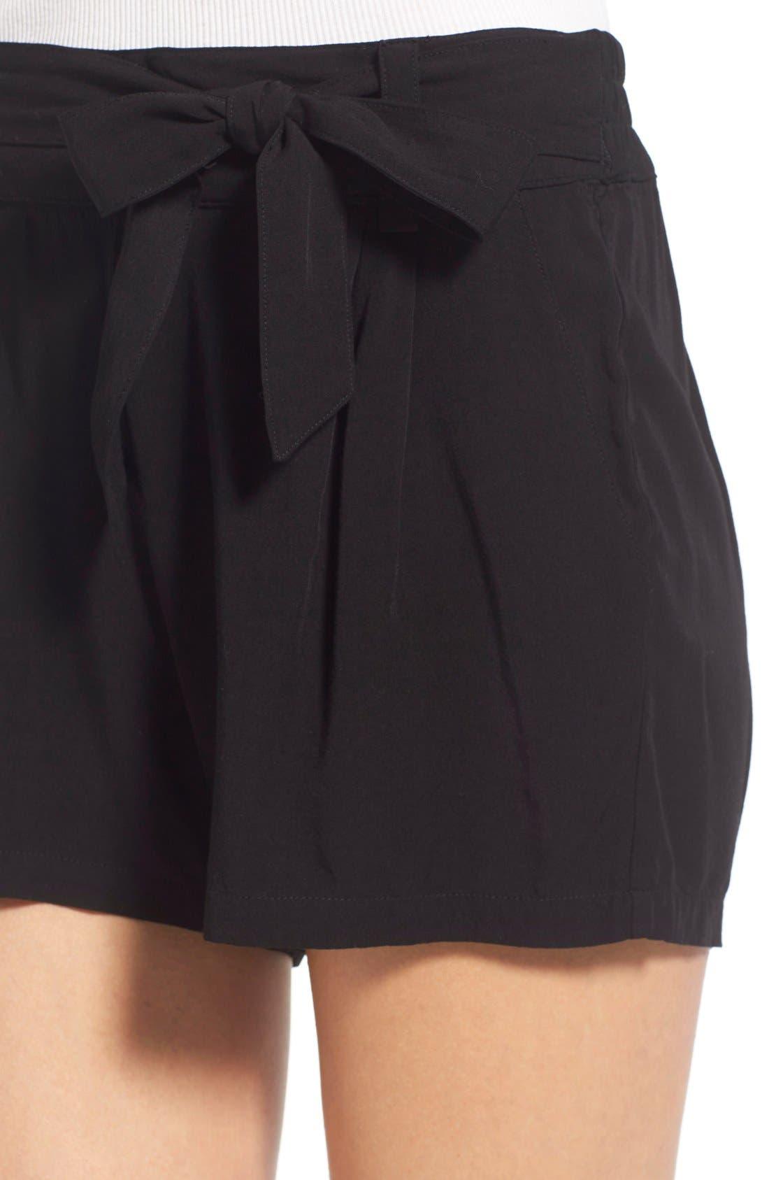 SPLENDID, Tie Front Shorts, Alternate thumbnail 5, color, 001