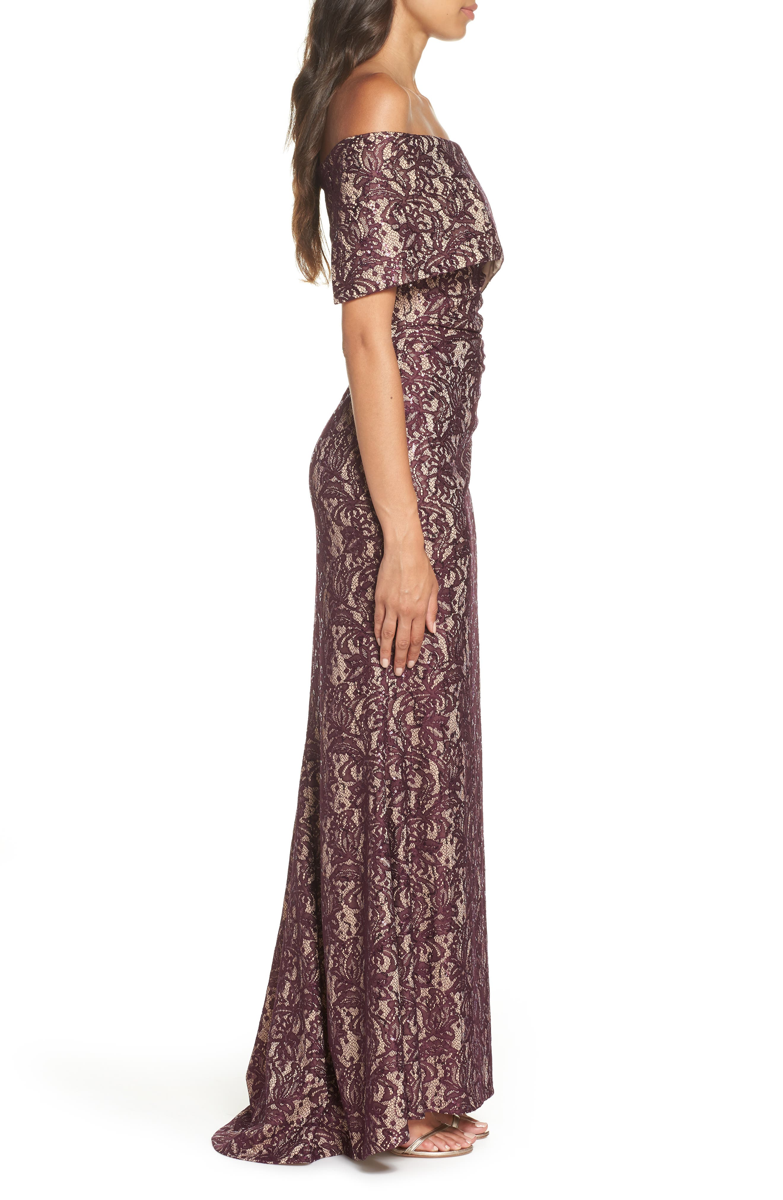 VINCE CAMUTO, Sequin Off the Shoulder Gown, Alternate thumbnail 4, color, WINE