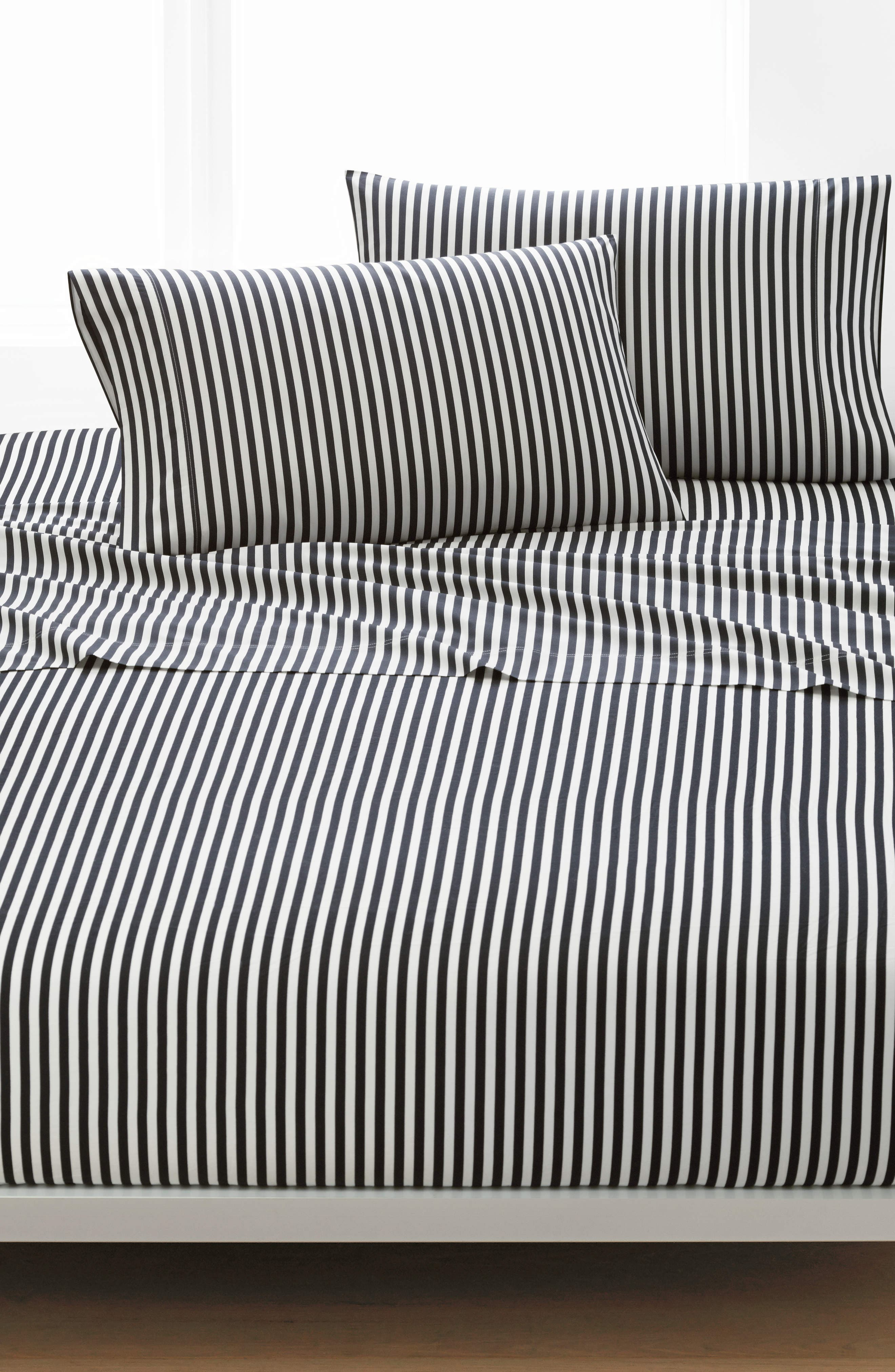 MARIMEKKO Ajo 200 Thread Count Cotton Sheet Set, Main, color, BLACK