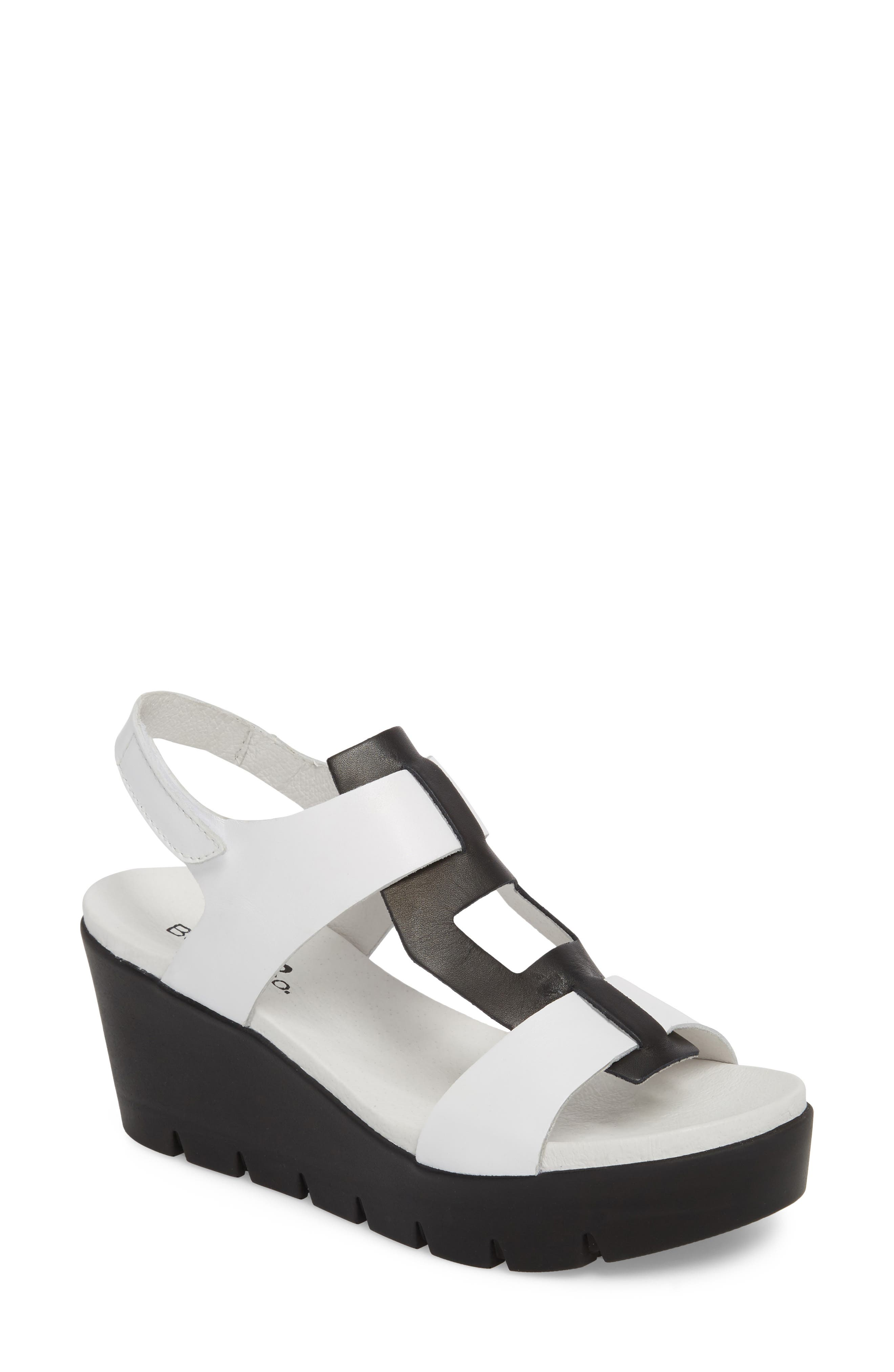 Bos. & Co. Somo Platform Wedge Sandal - White