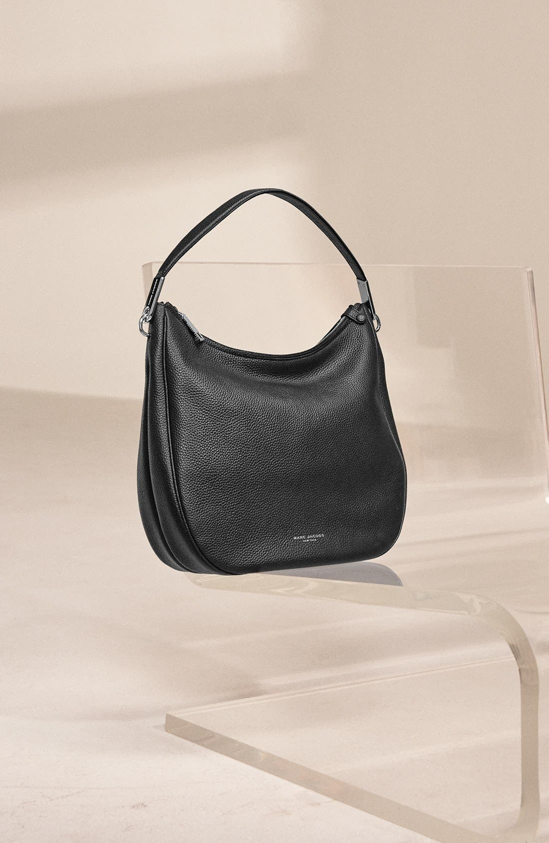 MARC JACOBS, 'Pike Place' Leather Hobo, Alternate thumbnail 4, color, 001
