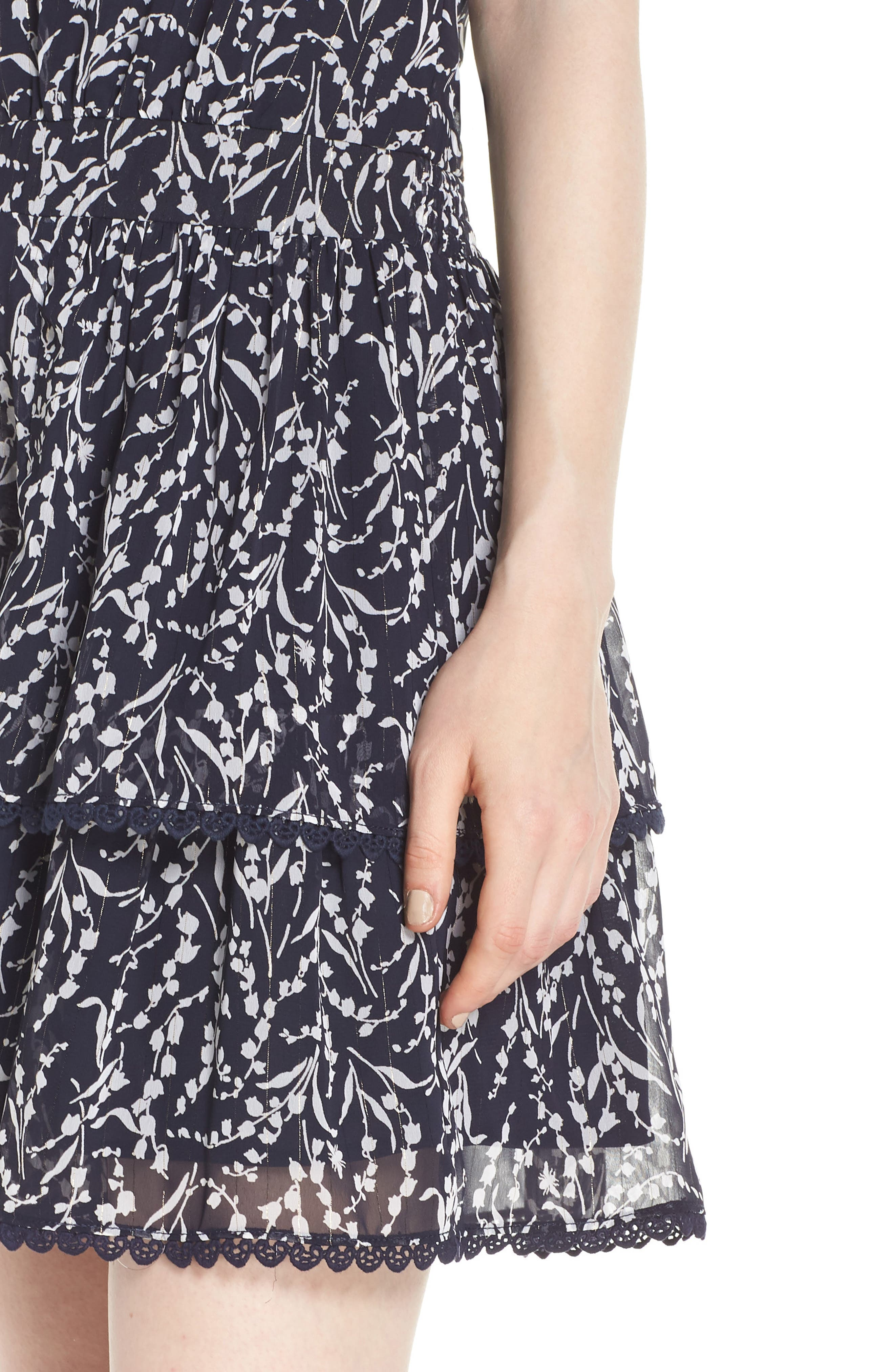 19 COOPER, Tiered Floral Sleeveless Dress, Alternate thumbnail 5, color, NAVY/ WHITE