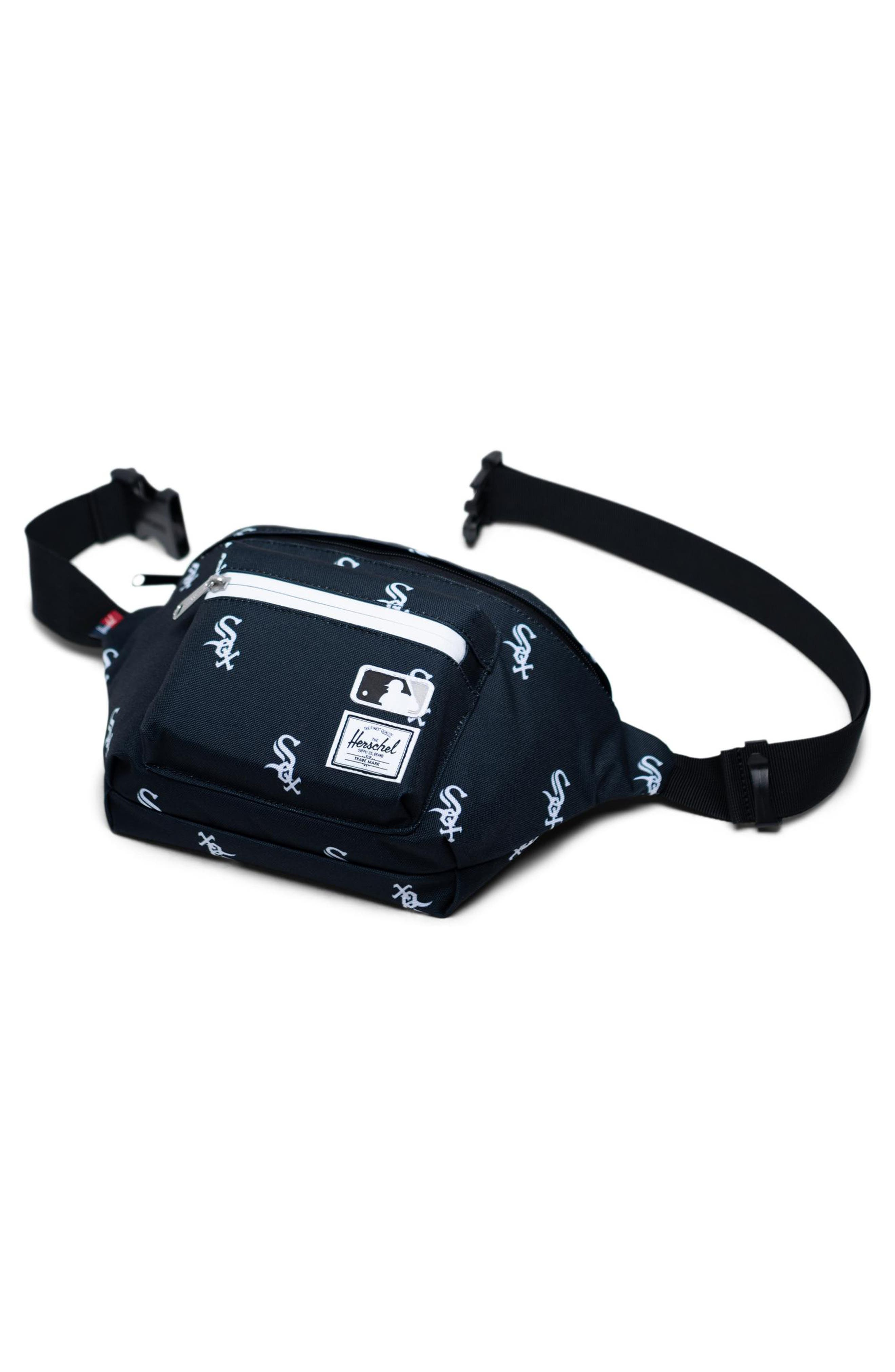 HERSCHEL SUPPLY CO., Seventeen - MLB Outfield Hip Pack, Alternate thumbnail 3, color, CHICAGO WHITE SOX