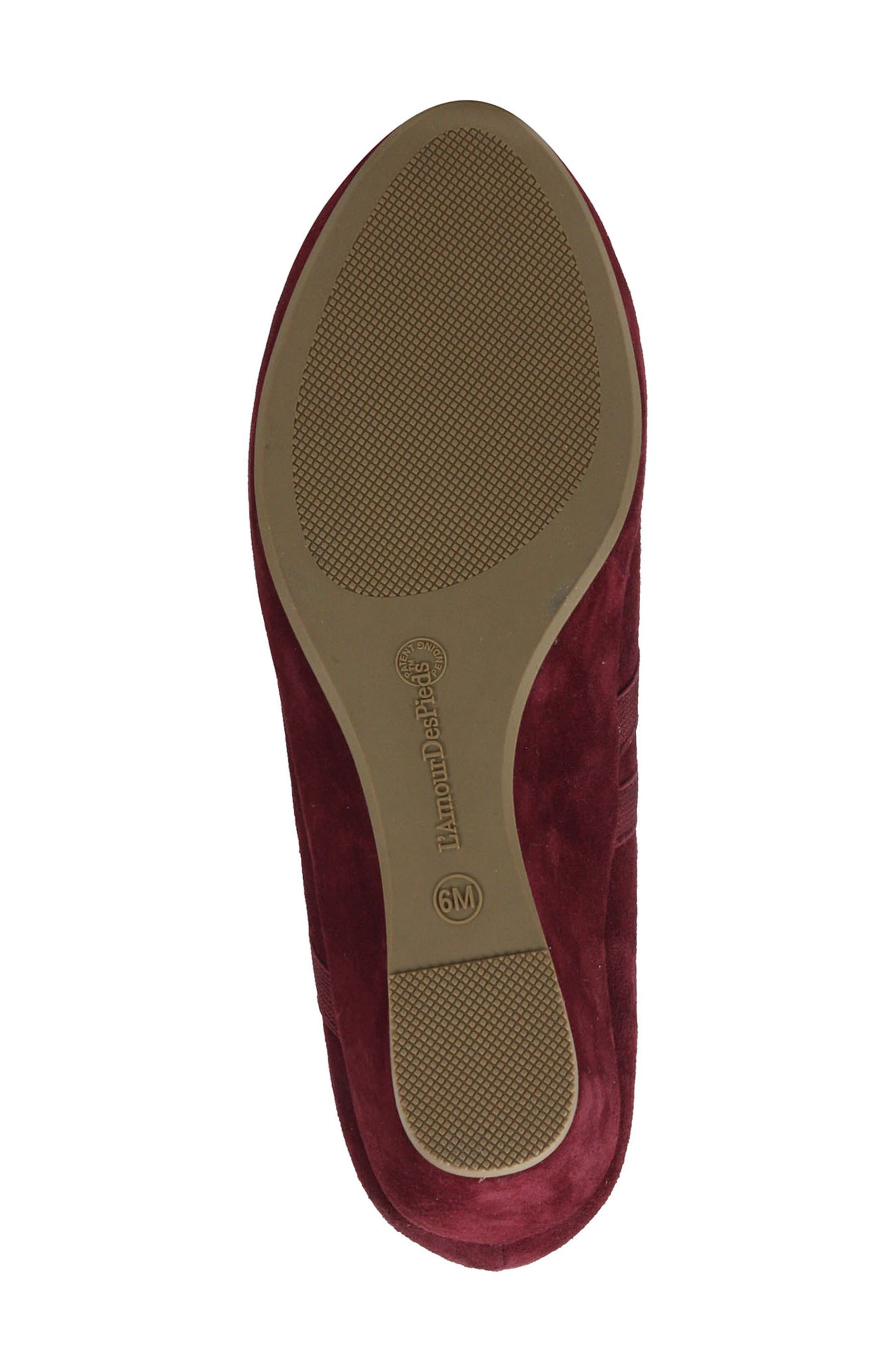 L'AMOUR DES PIEDS, Berency Wedge, Alternate thumbnail 6, color, MULBERRY SUEDE