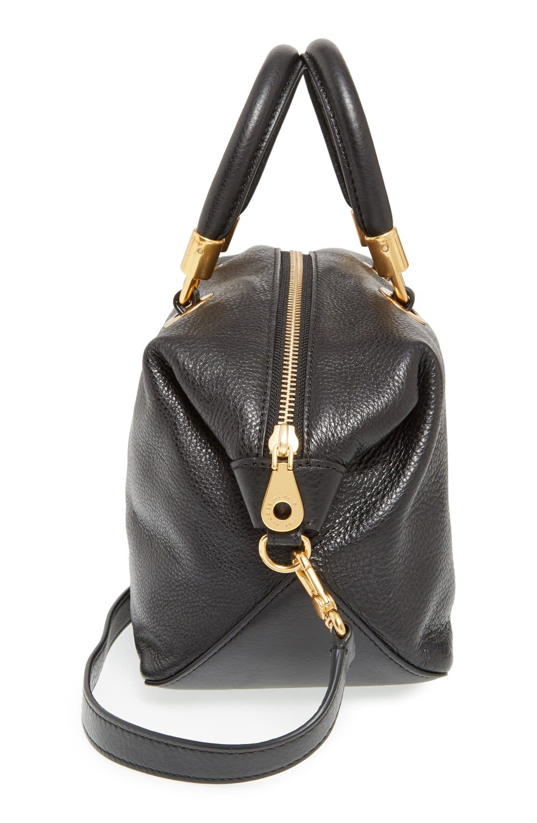 MARC JACOBS, MARC BY MARC JACOBS 'New Too Hot to Handle' Leather Satchel, Alternate thumbnail 4, color, 001
