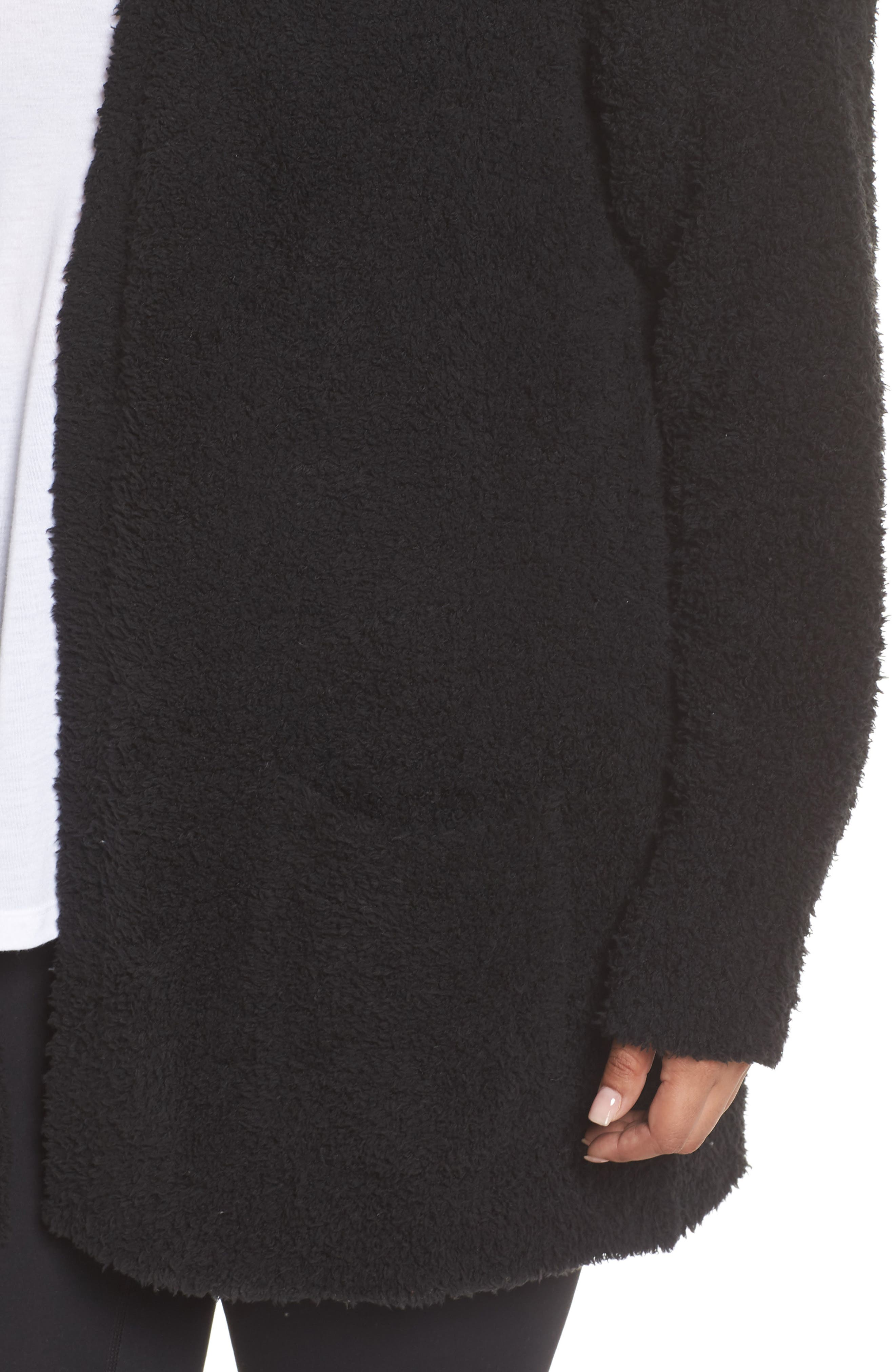 BAREFOOT DREAMS<SUP>®</SUP>, CozyChic<sup>®</sup> Cardigan, Alternate thumbnail 4, color, BLACK