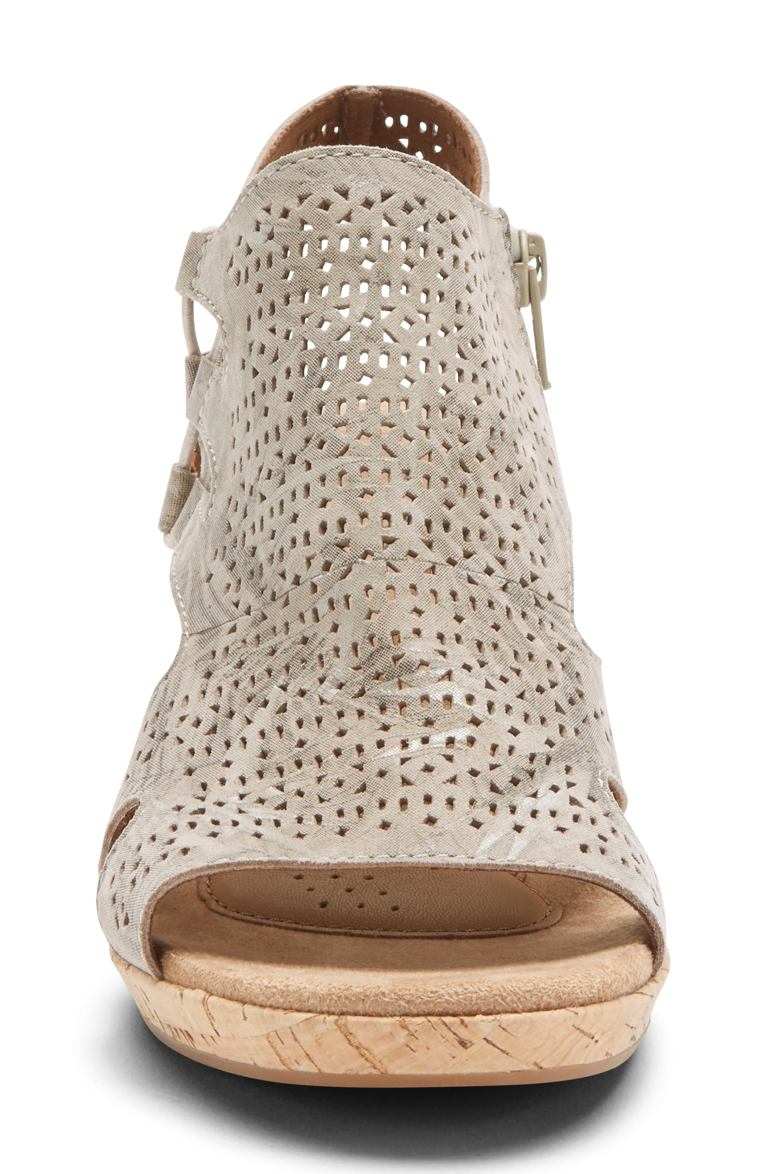 ROCKPORT COBB HILL, Janna Perforated Wedge Sandal, Alternate thumbnail 4, color, FLORAL METALLIC LEATHER