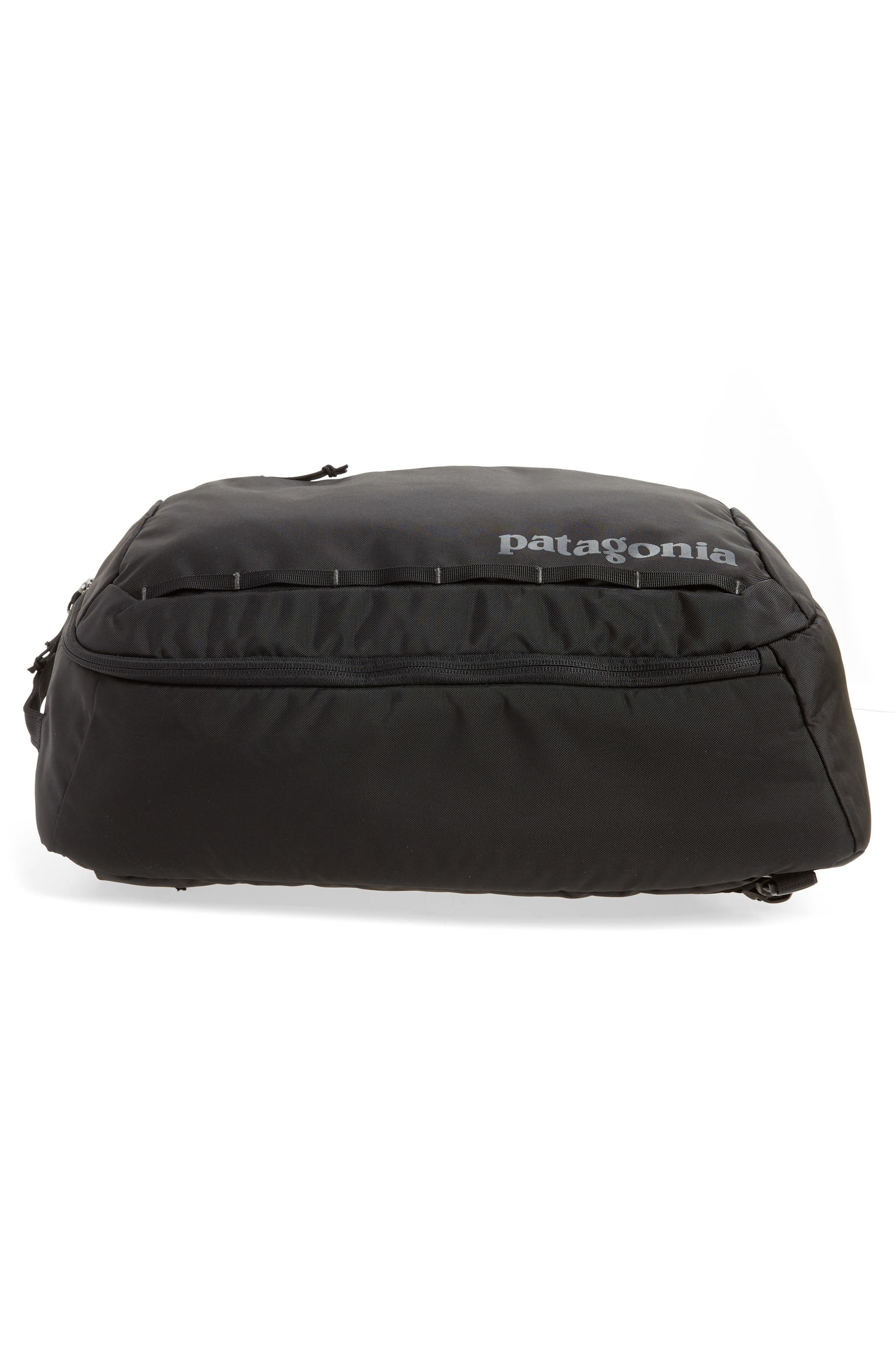 PATAGONIA, Tres 25-Liter Convertible Backpack, Alternate thumbnail 7, color, BLACK