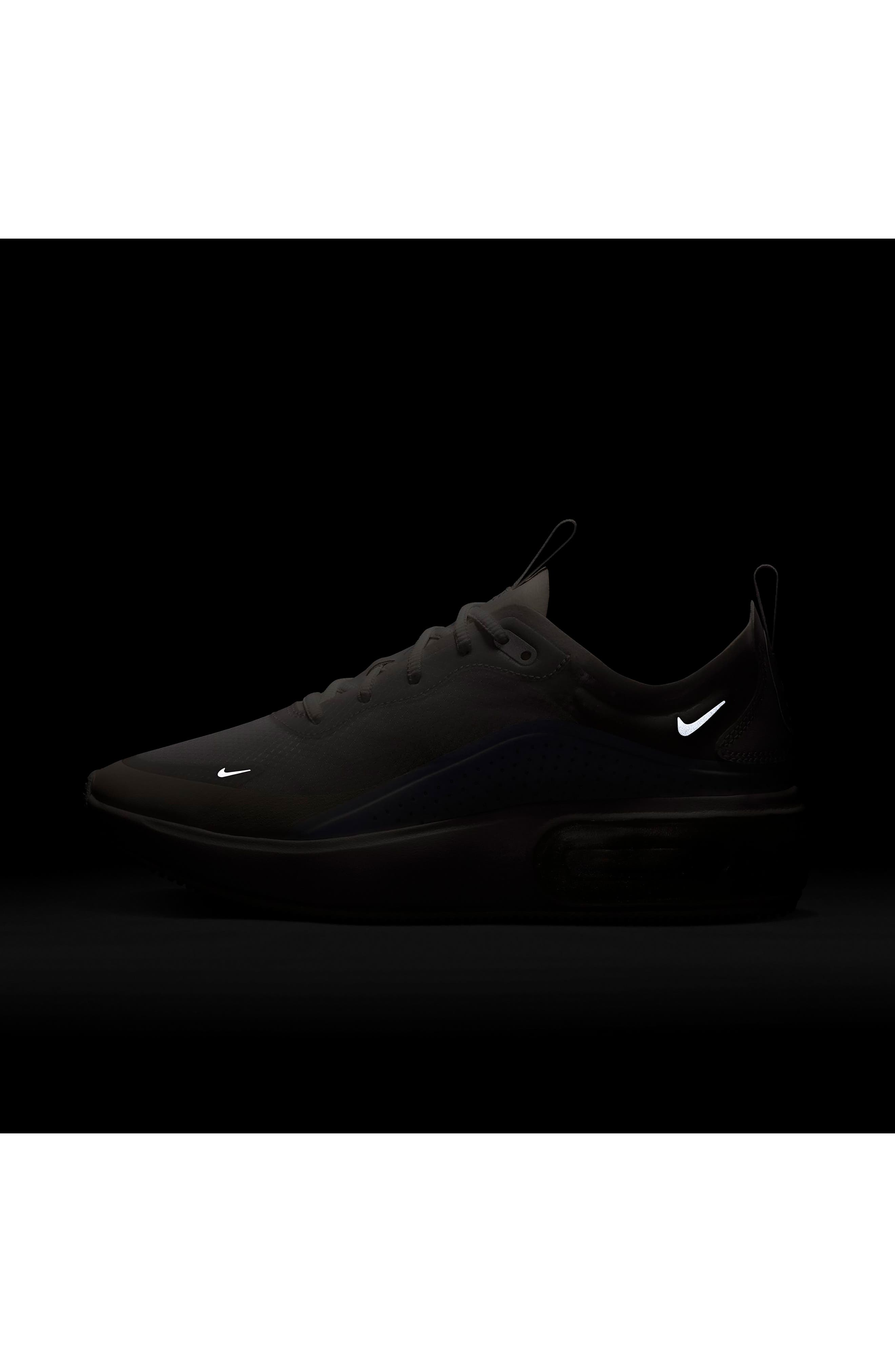 NIKE, Air Max DIA SE Running Shoe, Alternate thumbnail 7, color, WHITE/ ALUMINUM/ WHITE