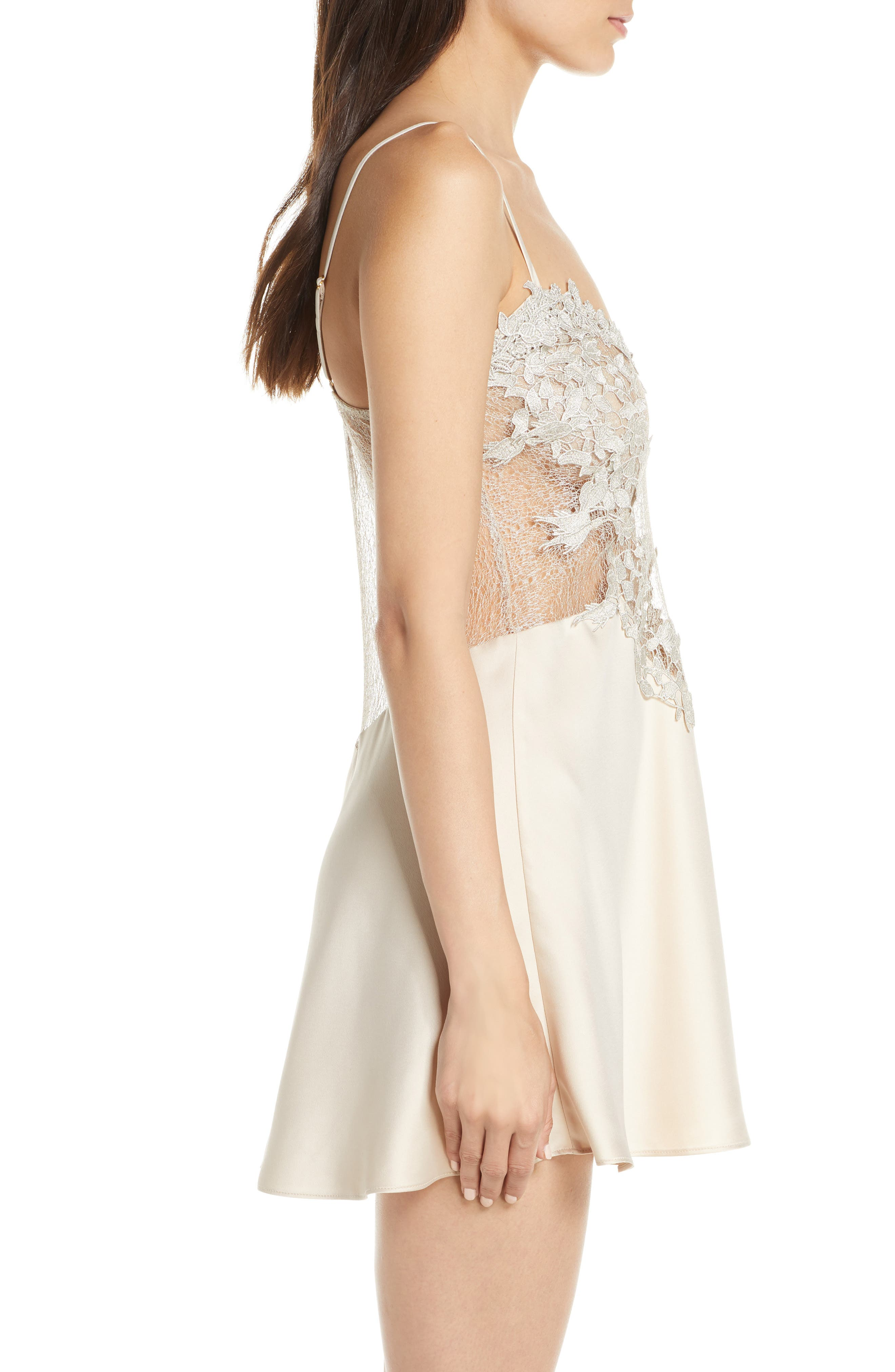 FLORA NIKROOZ, Showstopper Chemise, Alternate thumbnail 3, color, CHAMPAGNE