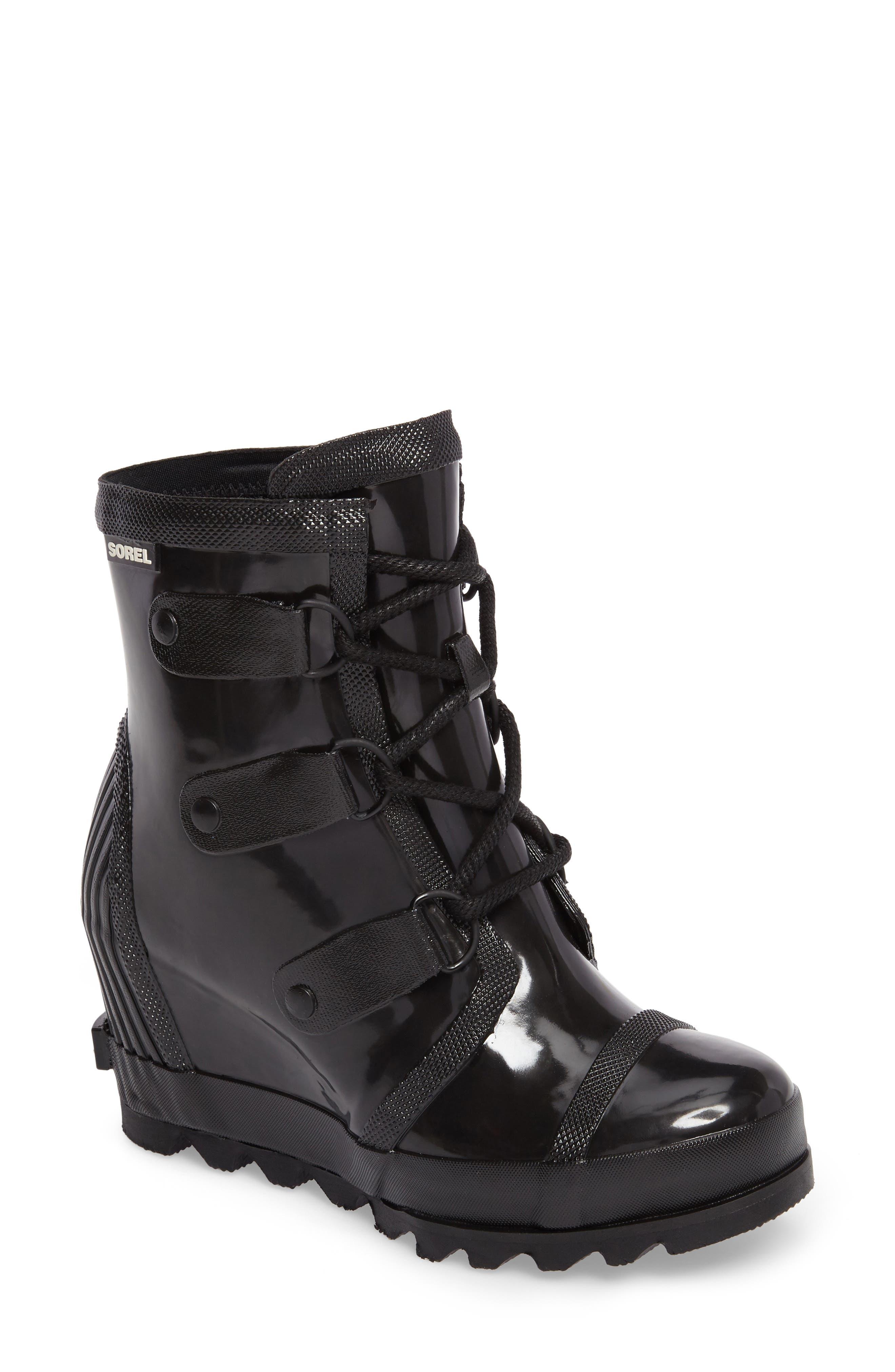 SOREL Joan Glossy Wedge Rain Boot, Main, color, 010