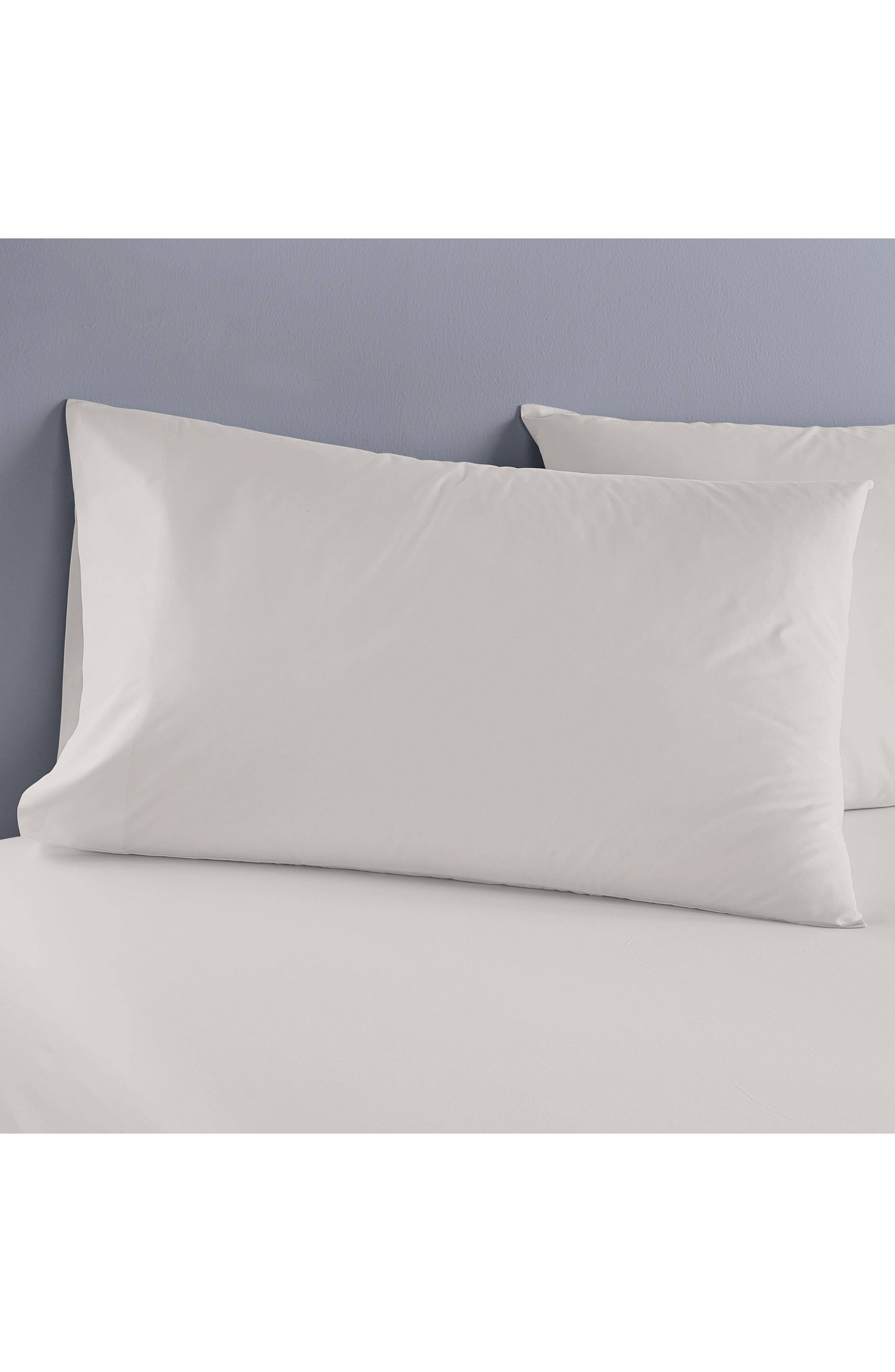DONNA KARAN NEW YORK, Ultrafine 600 Thread Count European Sheet Set, Alternate thumbnail 3, color, PLATINUM