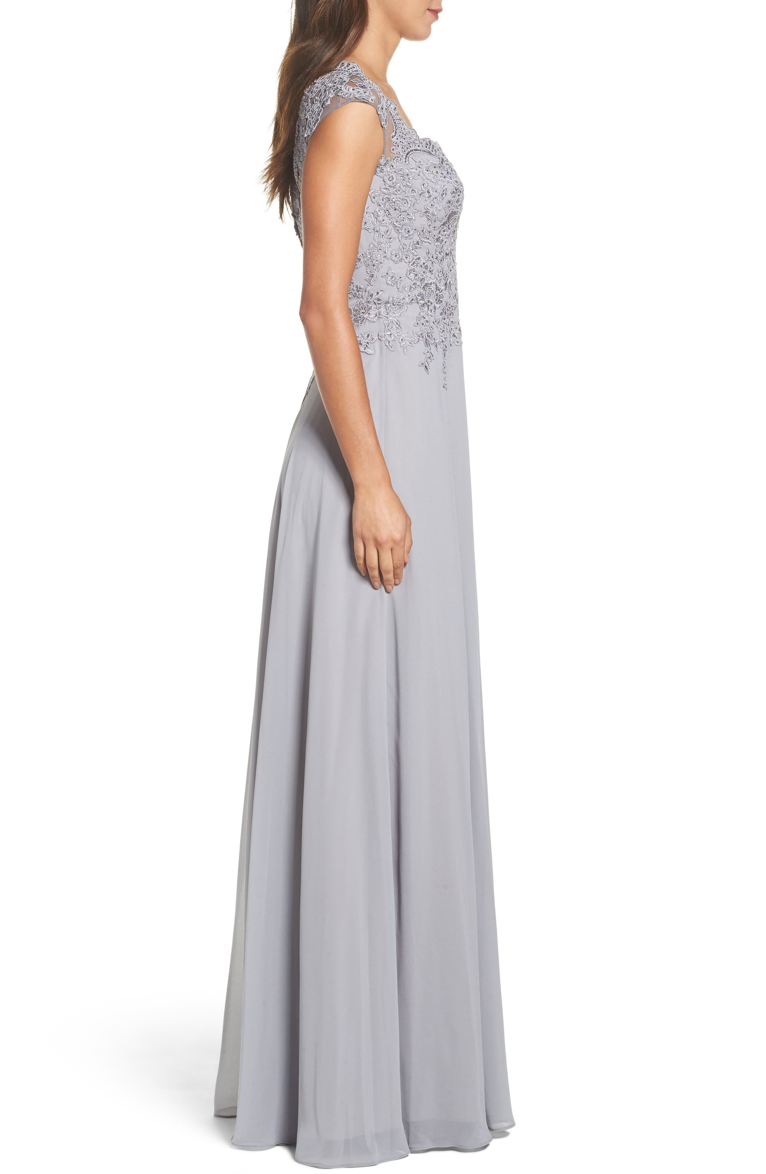 LA FEMME, Embellished Cap Sleeve Gown, Alternate thumbnail 3, color, 040