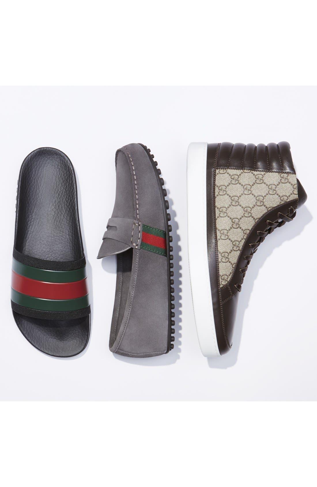 GUCCI, Pursuit Rubber Slide Sandal, Alternate thumbnail 5, color, BLACK