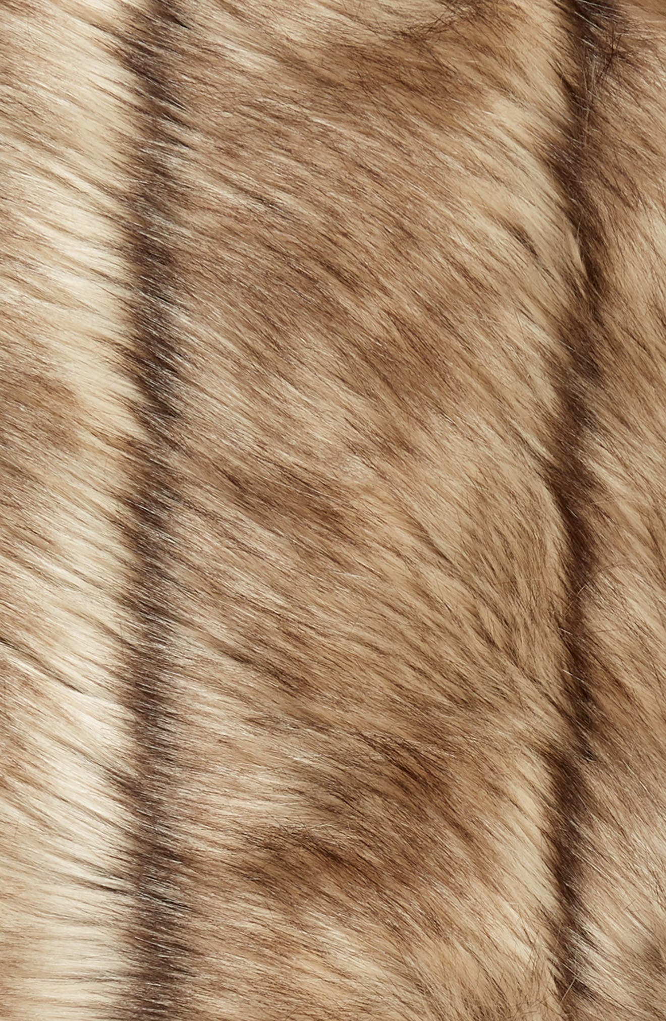 NORDSTROM AT HOME, Luxe Faux Fur Stripe Throw Blanket, Alternate thumbnail 3, color, NATURAL MULTI