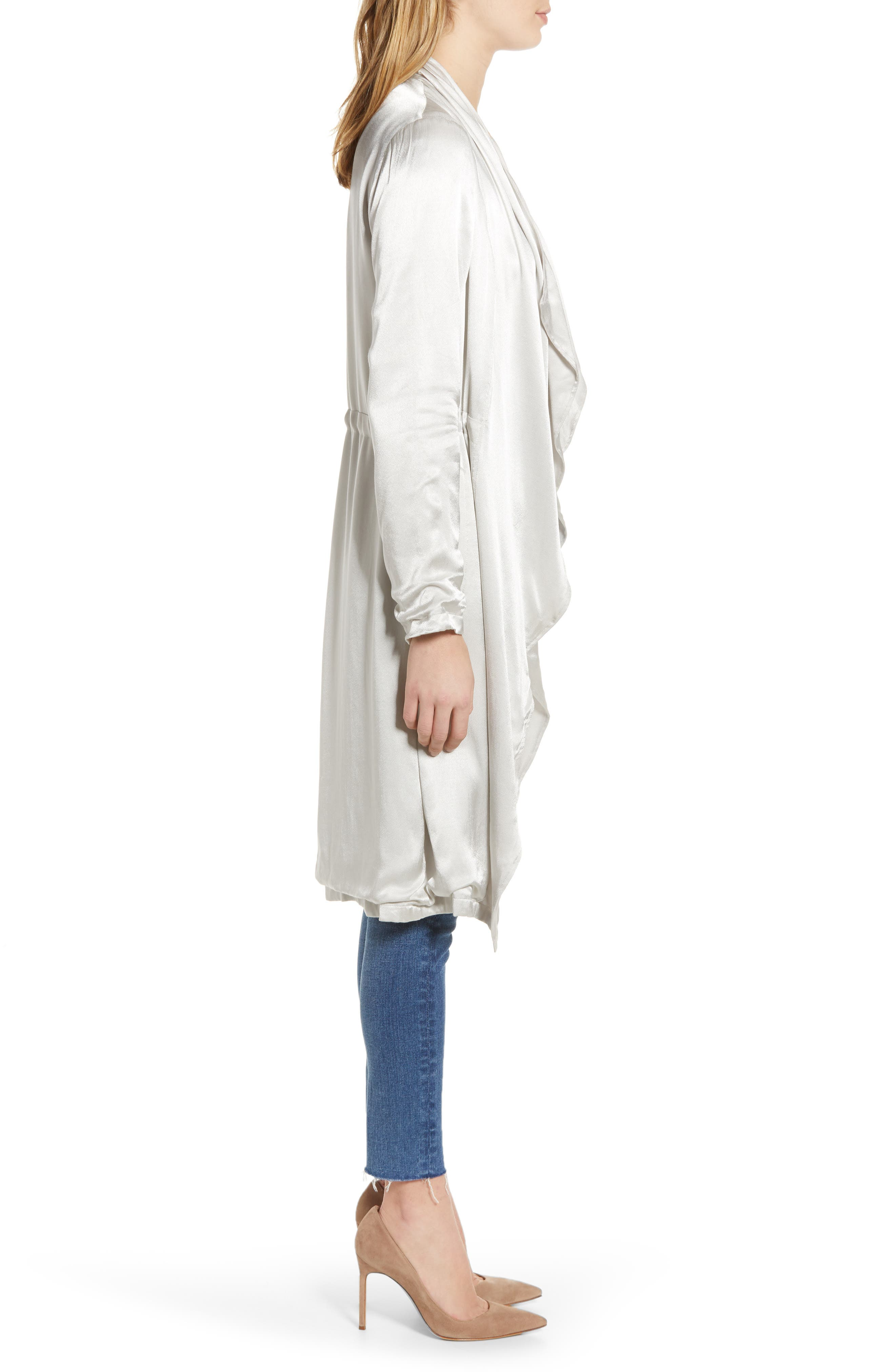 CUPCAKES AND CASHMERE, Drape Front Satin Trench Coat, Alternate thumbnail 4, color, 900