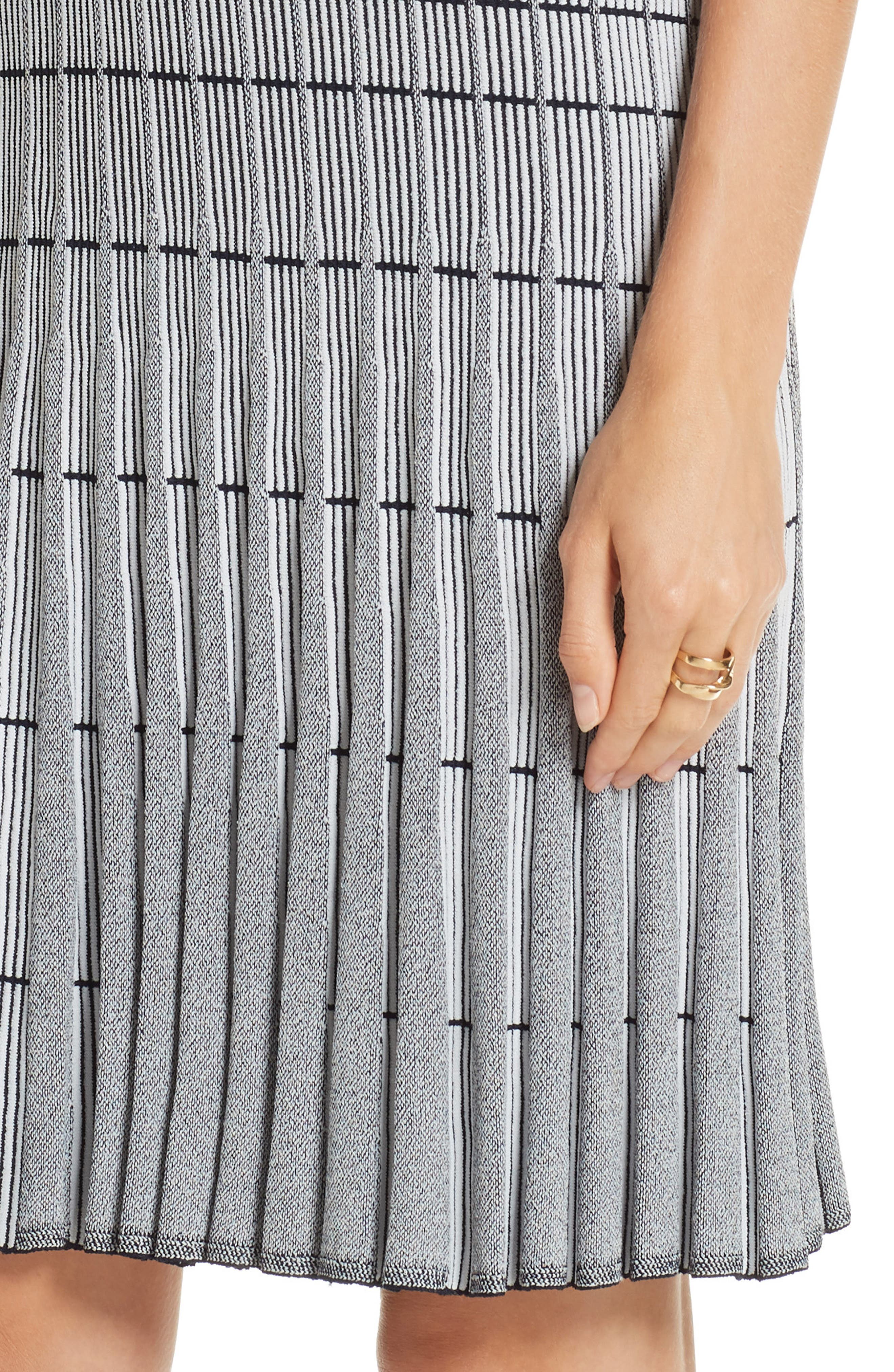 ST. JOHN COLLECTION, Monochrome Ottoman Knit Dress, Alternate thumbnail 6, color, GREY/ NAVY