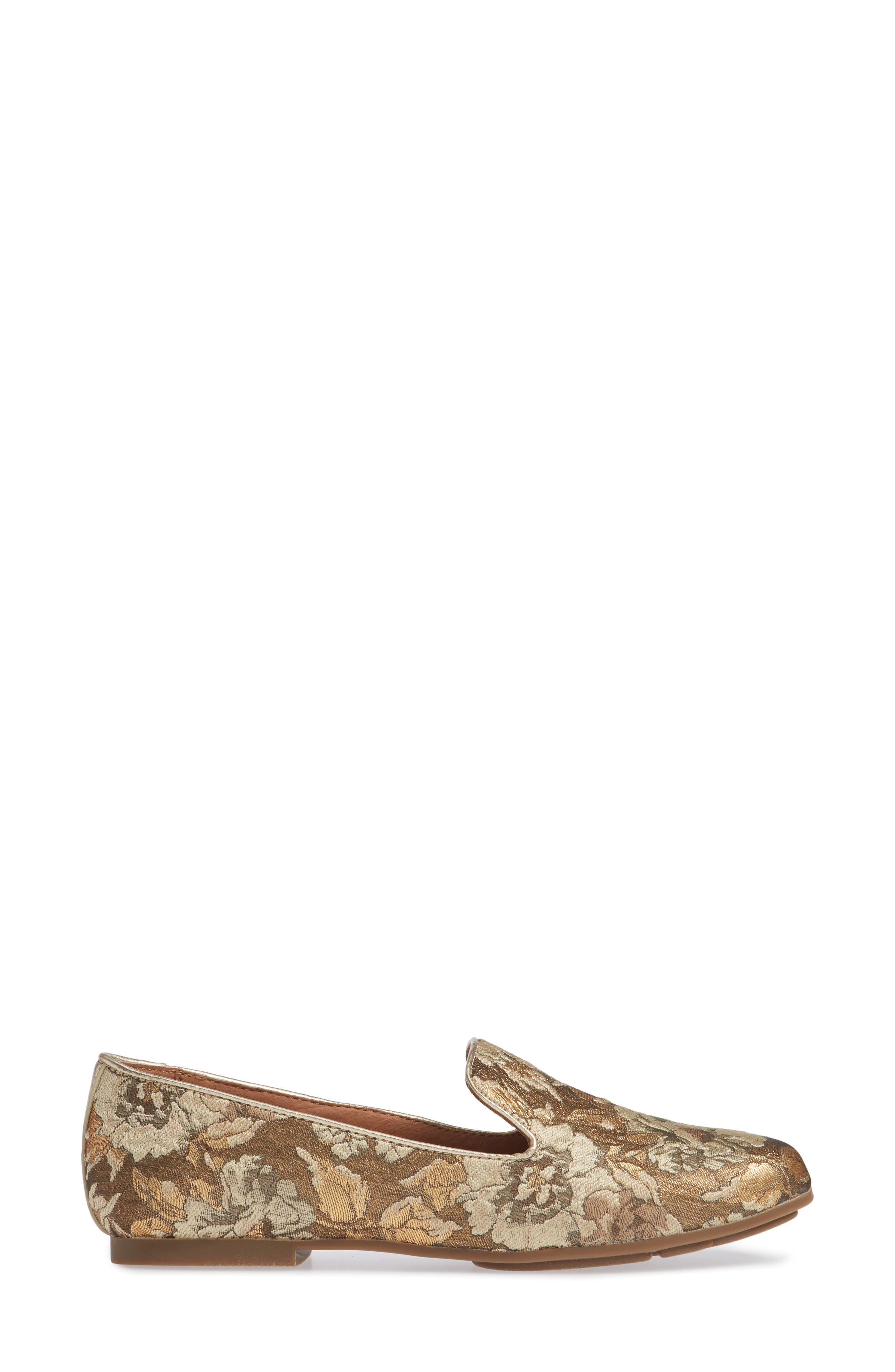 GENTLE SOULS BY KENNETH COLE, Eugene Flat, Alternate thumbnail 3, color, GOLD MULTI FABRIC