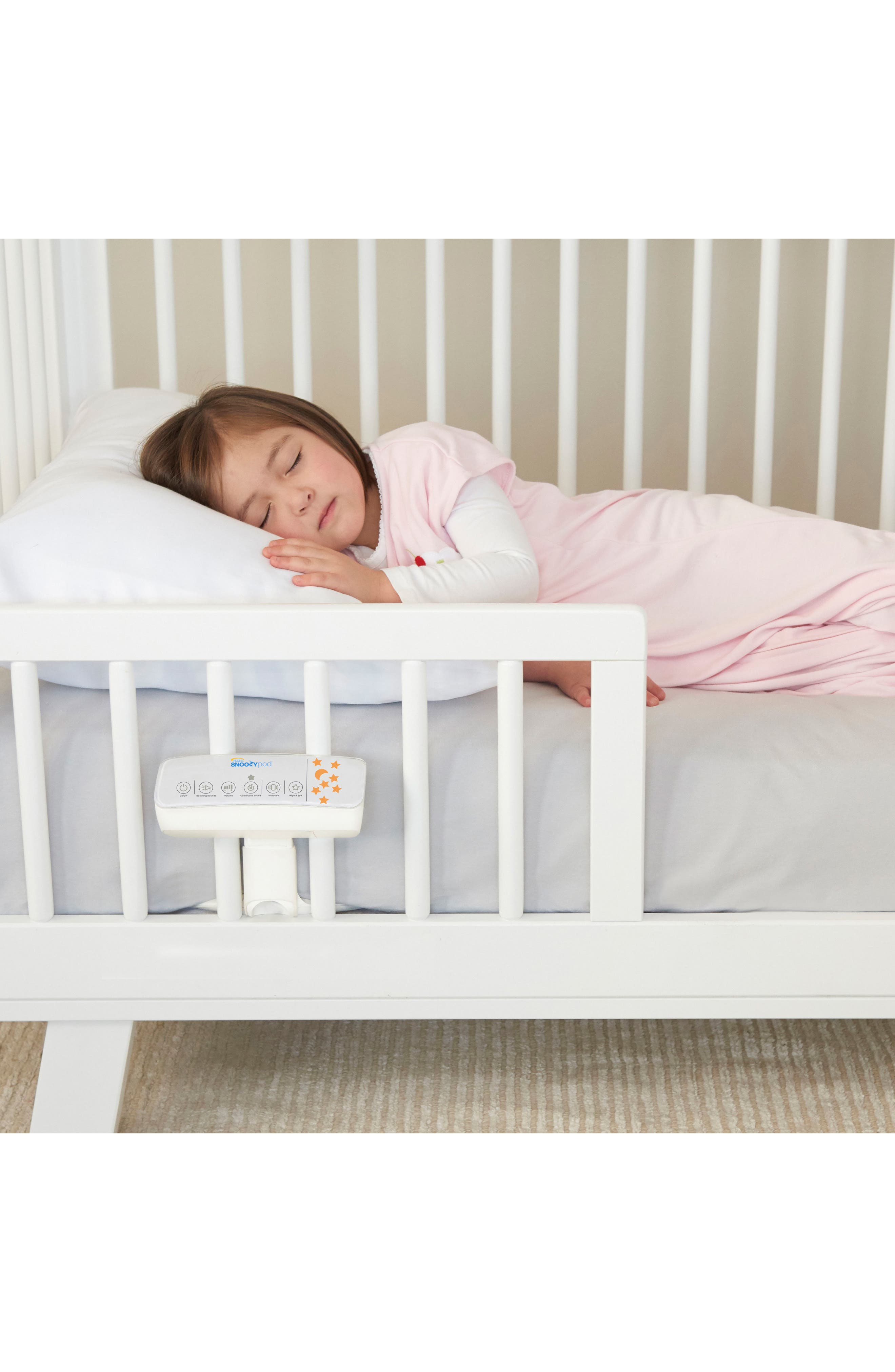 HALO<SUP>®</SUP>, SnoozyPod<sup>™</sup> All-in-One Vibrating Bedtime Soother, Alternate thumbnail 6, color, WHITE
