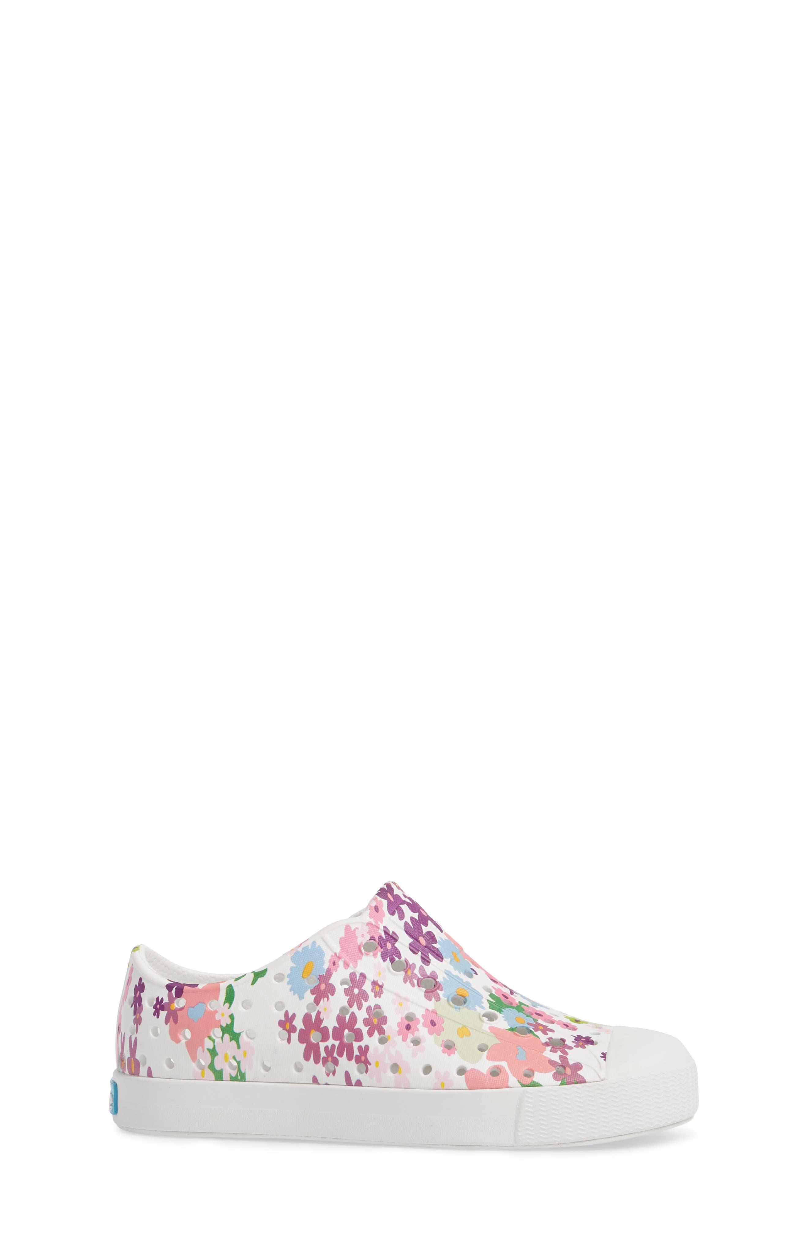 NATIVE SHOES, Jefferson Quartz Slip-On Vegan Sneaker, Alternate thumbnail 3, color, SHELL WHITE/ DAISY PRINT