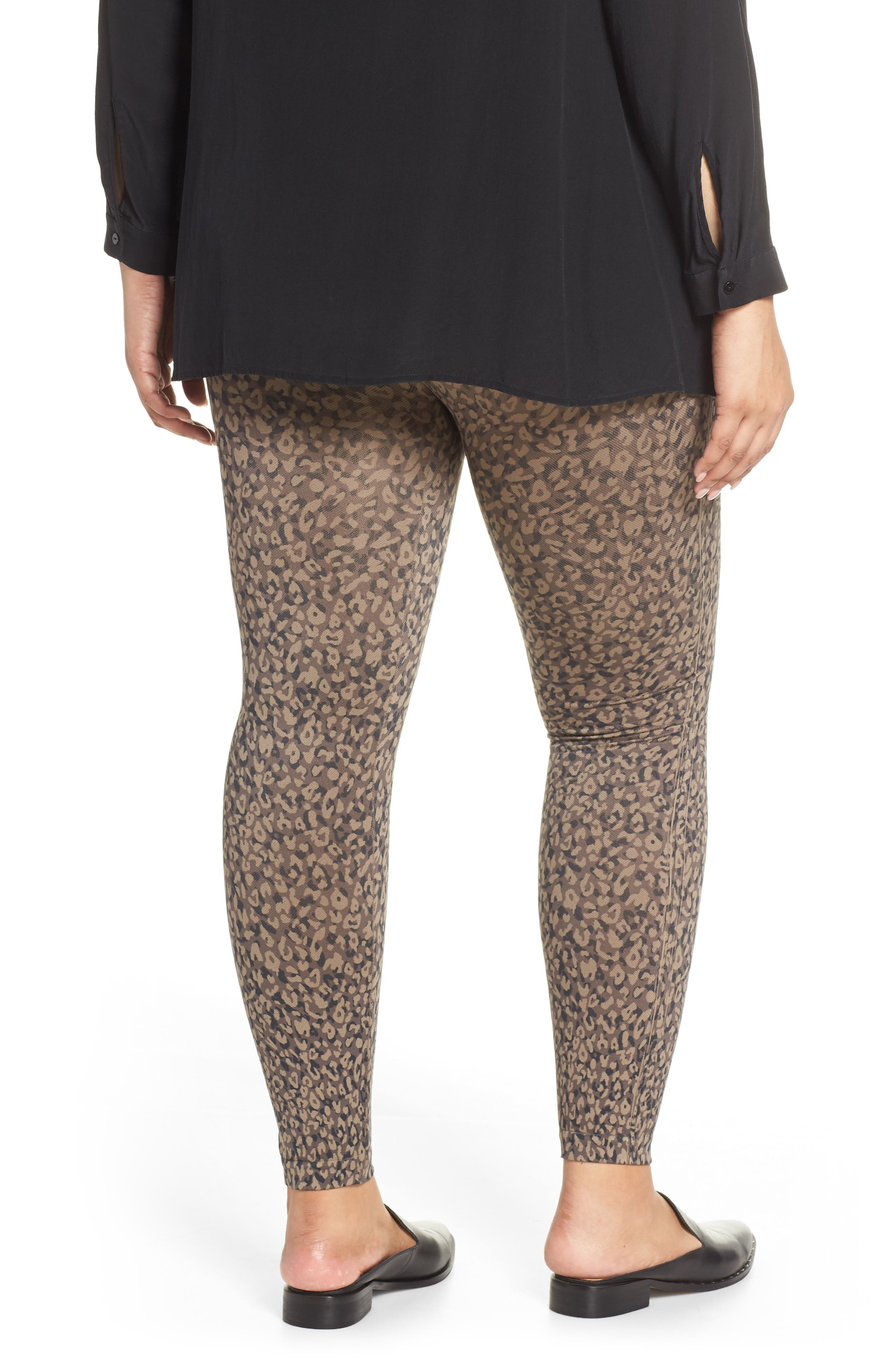SPANX<SUP>®</SUP>, Look At Me Now Seamless Leggings, Alternate thumbnail 2, color, MINI LEOPARD