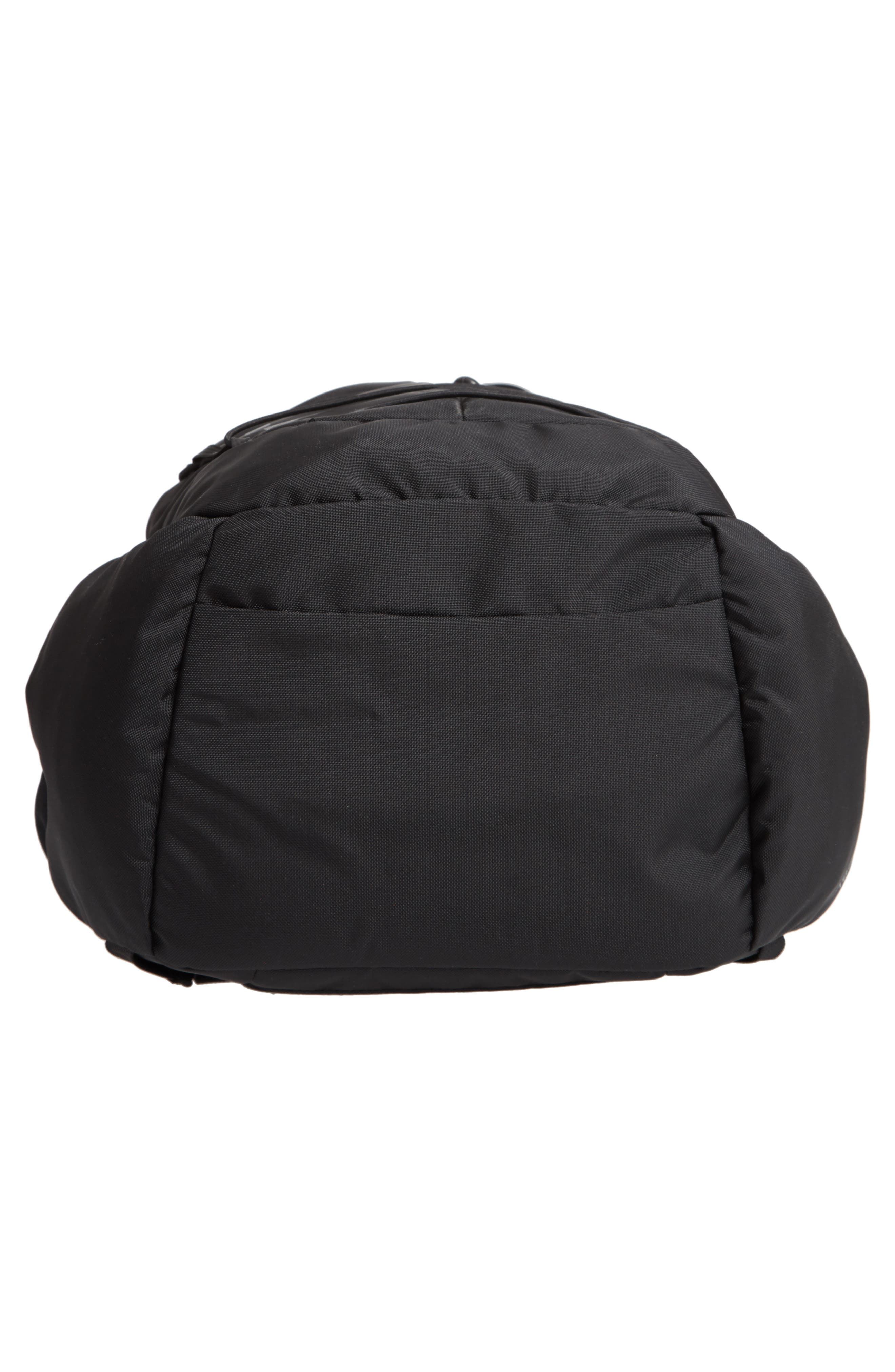 PATAGONIA, 28L Chacabuco Backpack, Alternate thumbnail 7, color, 001