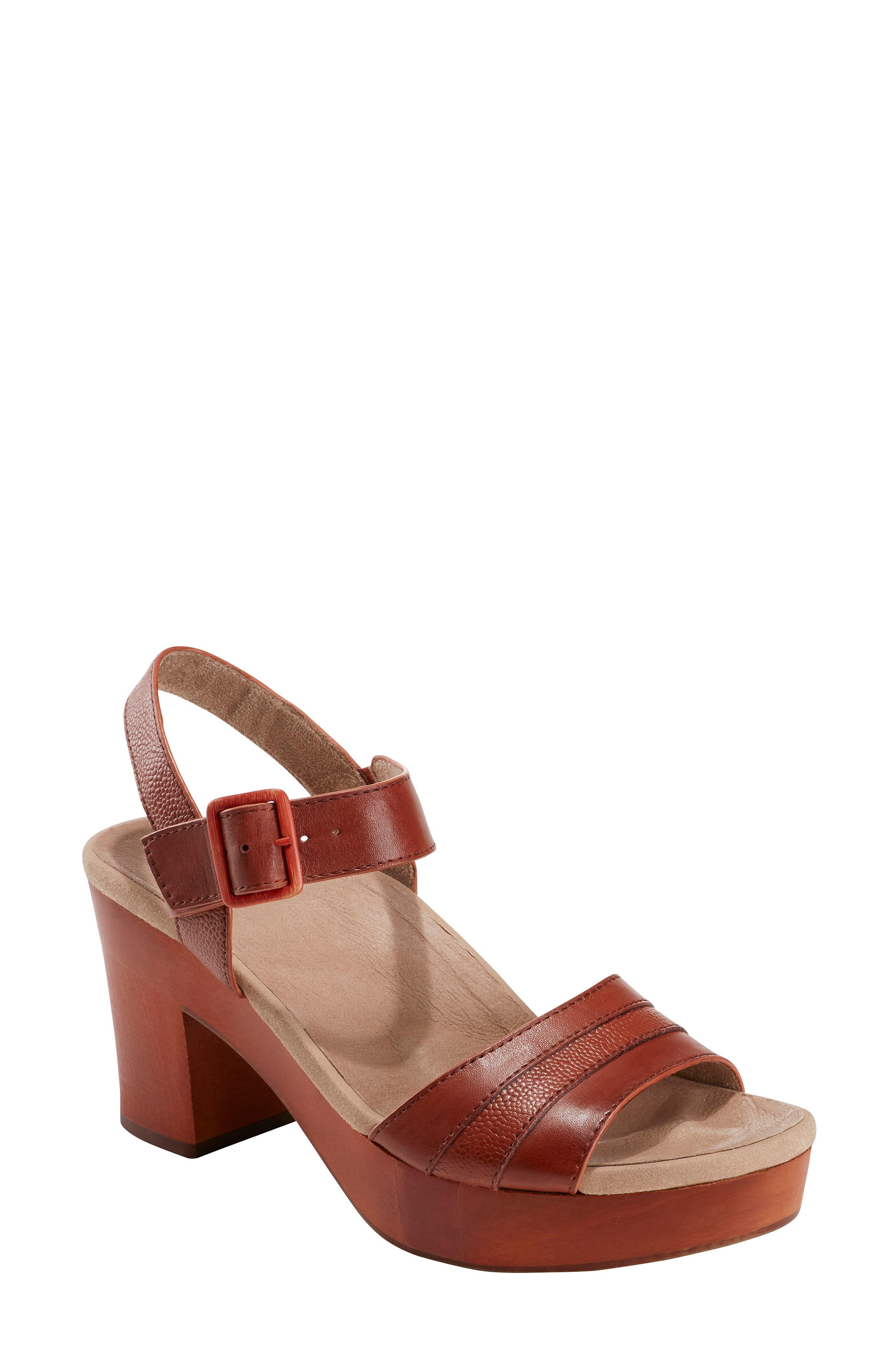 Earth Chestnut Platform Sandal- Brown