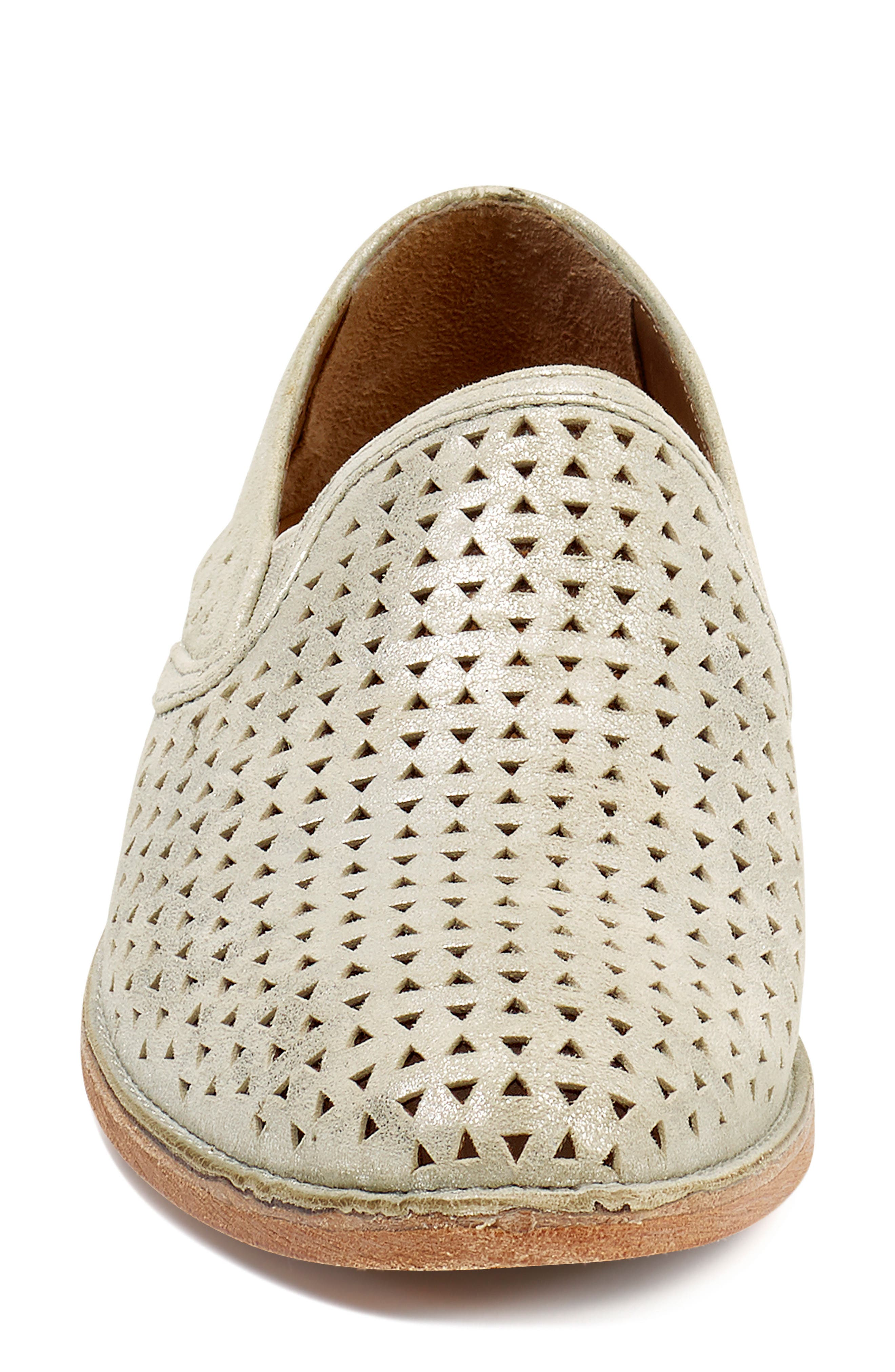 TRASK, Ali Perforated Loafer, Alternate thumbnail 4, color, IVORY METALLIC SUEDE